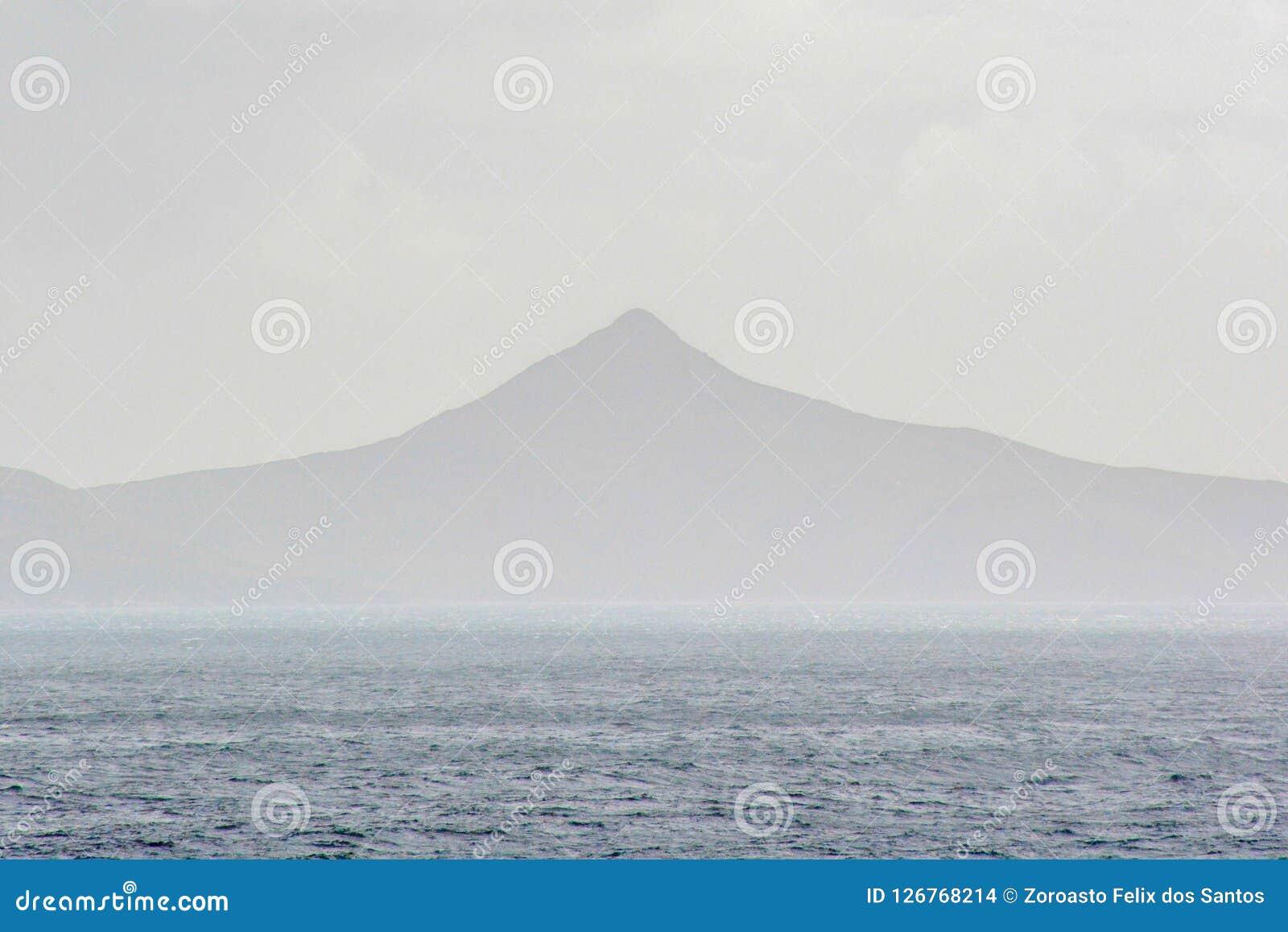 La bellezza di girare scenico intorno a Capo Horn, punta più a sud del Cile del Sudamerica