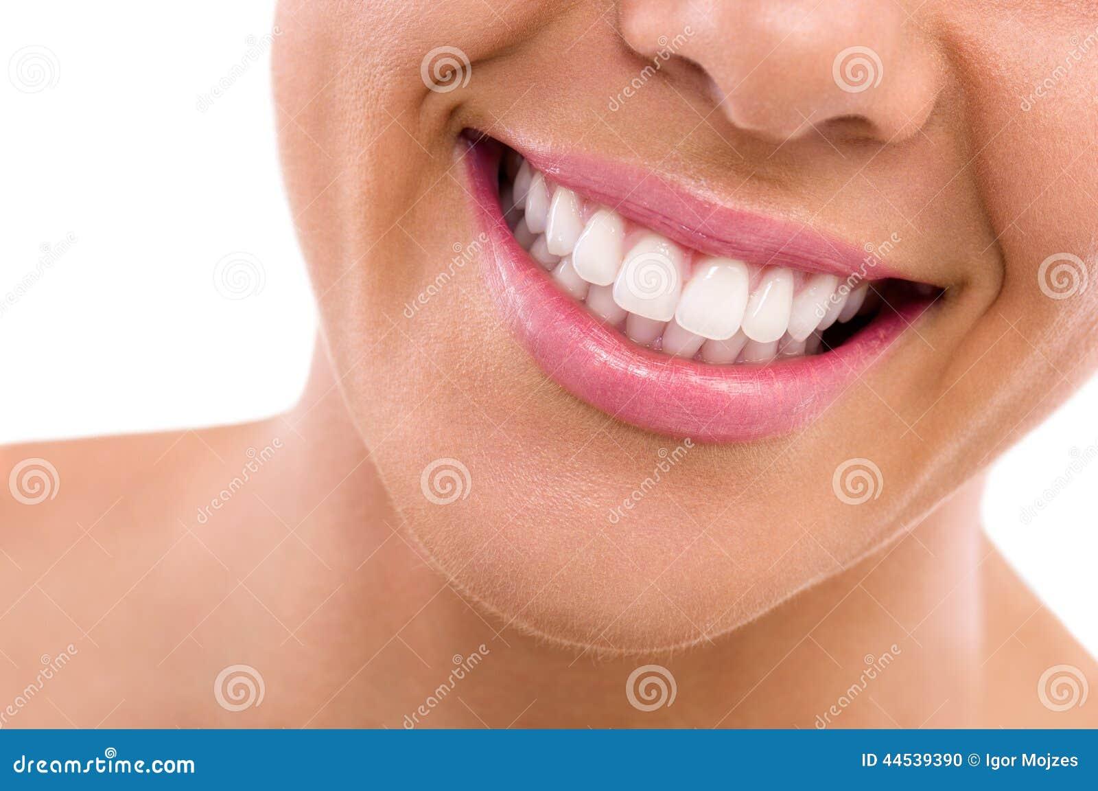 Perfecto blanco semen en la boca