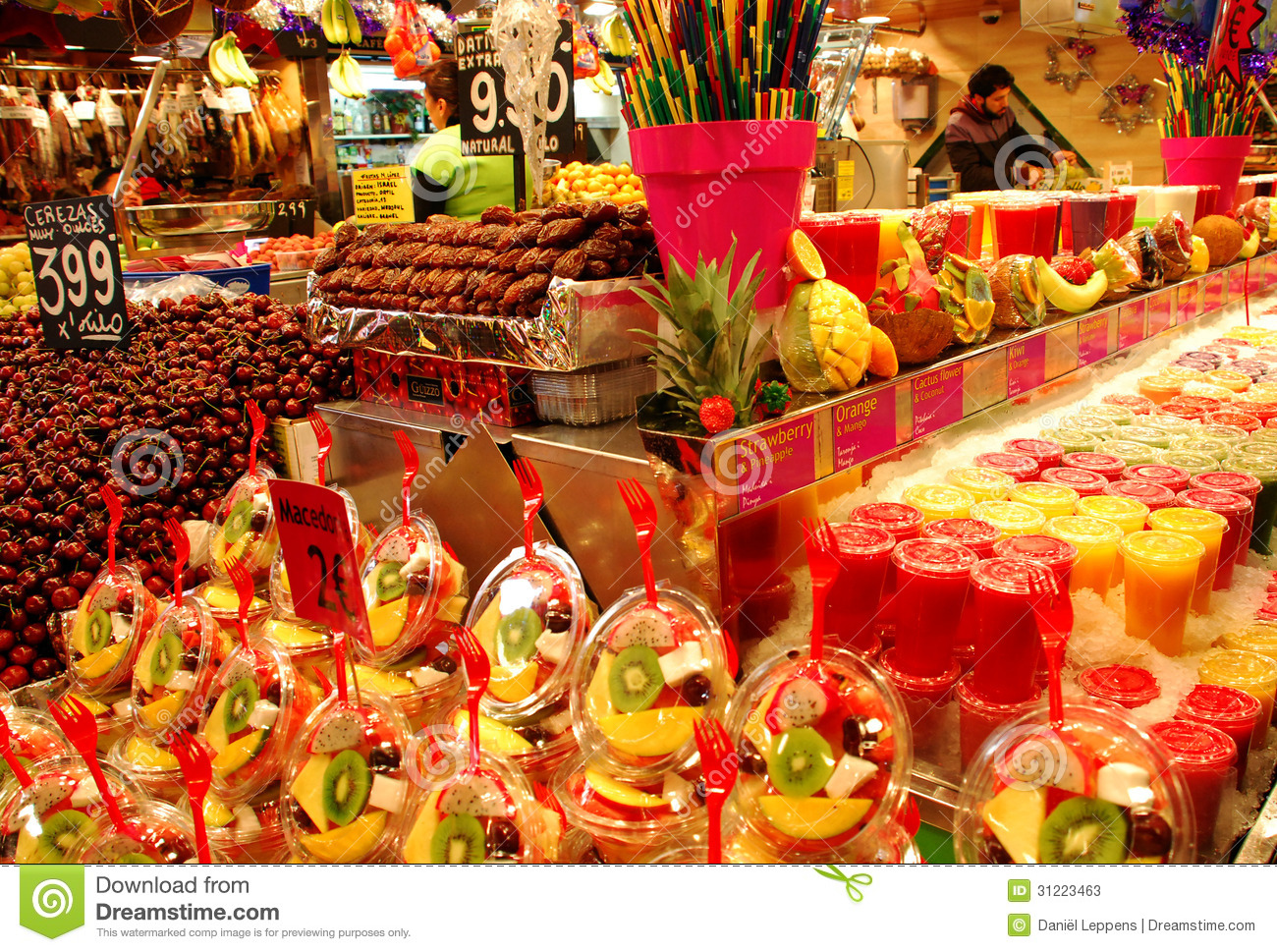 ... is located nearthe Ramblas and offers fresh fruit and vegetables