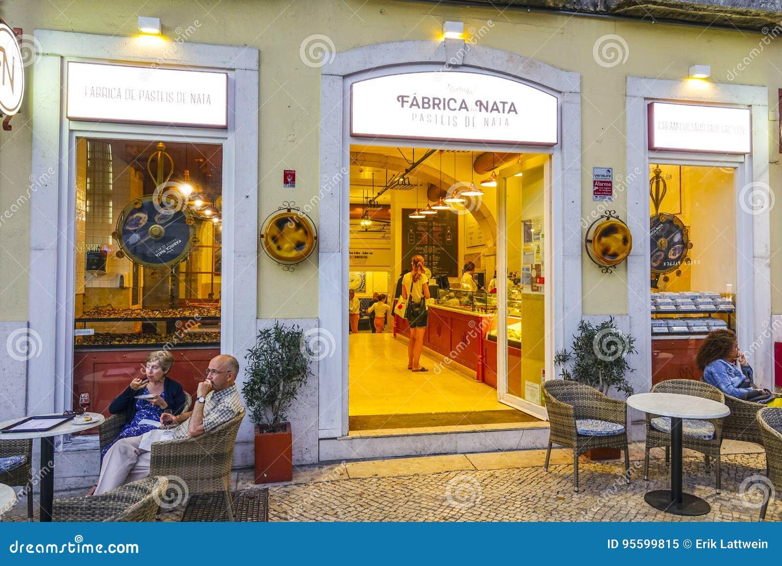 La boulangerie et la boutique de pâtisserie célèbres à Lisbonne ont appelé  Fabrica Nata