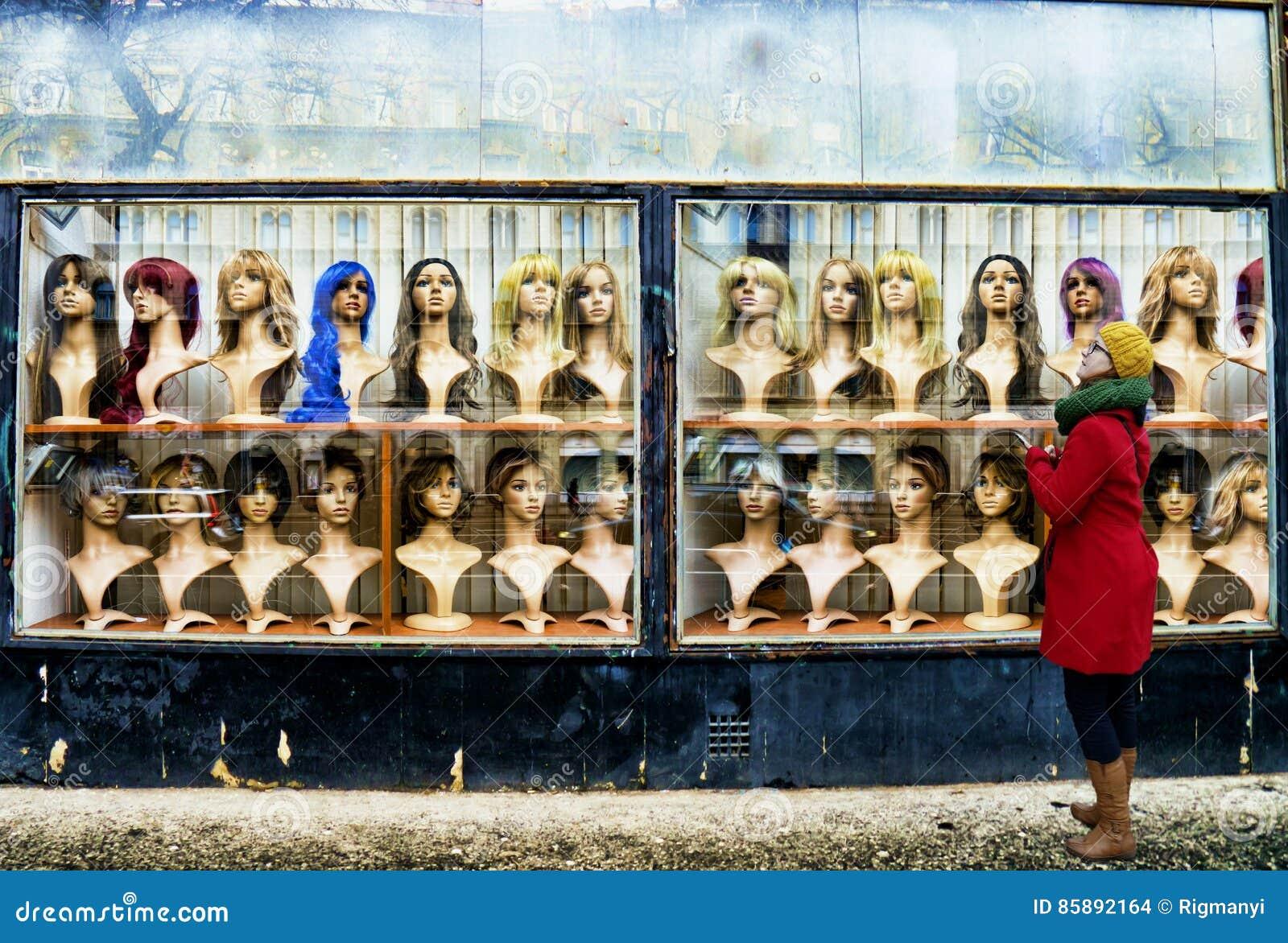 La boutique de perruque photo stock. Image