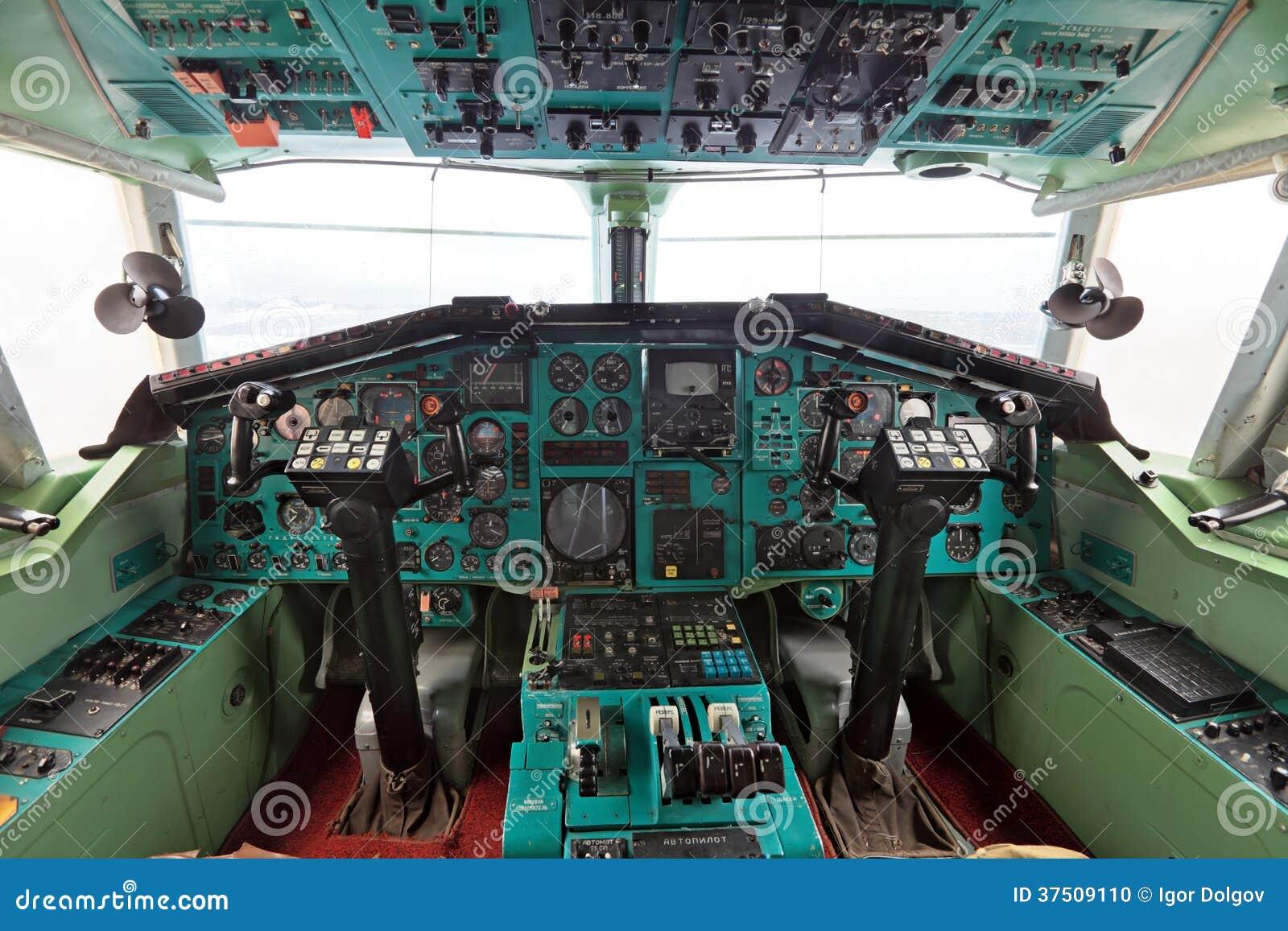 La cabina Tu-144