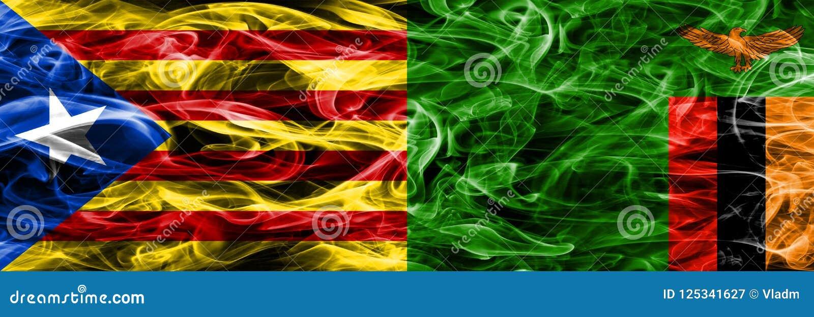 La Catalogne contre des drapeaux de fumée de copie de la Zambie placés côte à côte Les drapeaux soyeux profondément colorés de fu