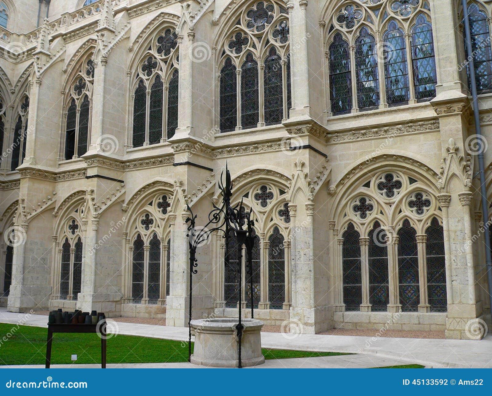 La Catedral, Burgos De Claustro De (Spain) Foto de Stock ...