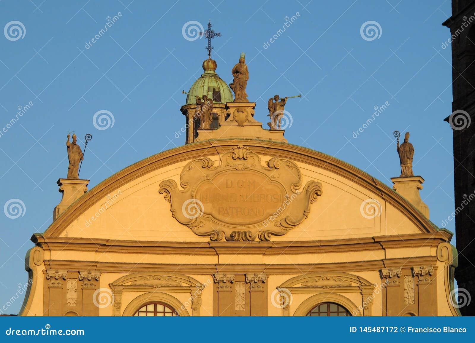 La catedral de Vigevano en Vigevano, Italia