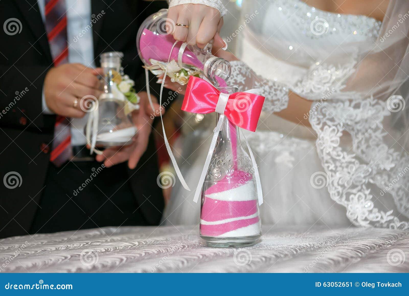 Matrimonio Simbolico De La Arena : La ceremonia de arena es un cierre boda para