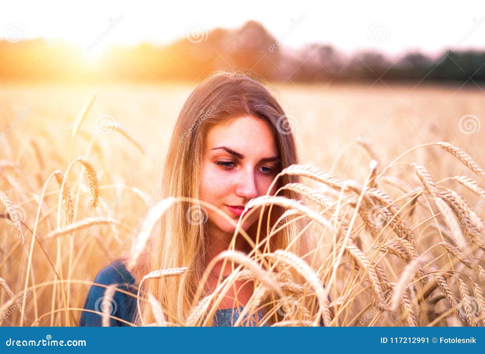 chica joven busca maduro