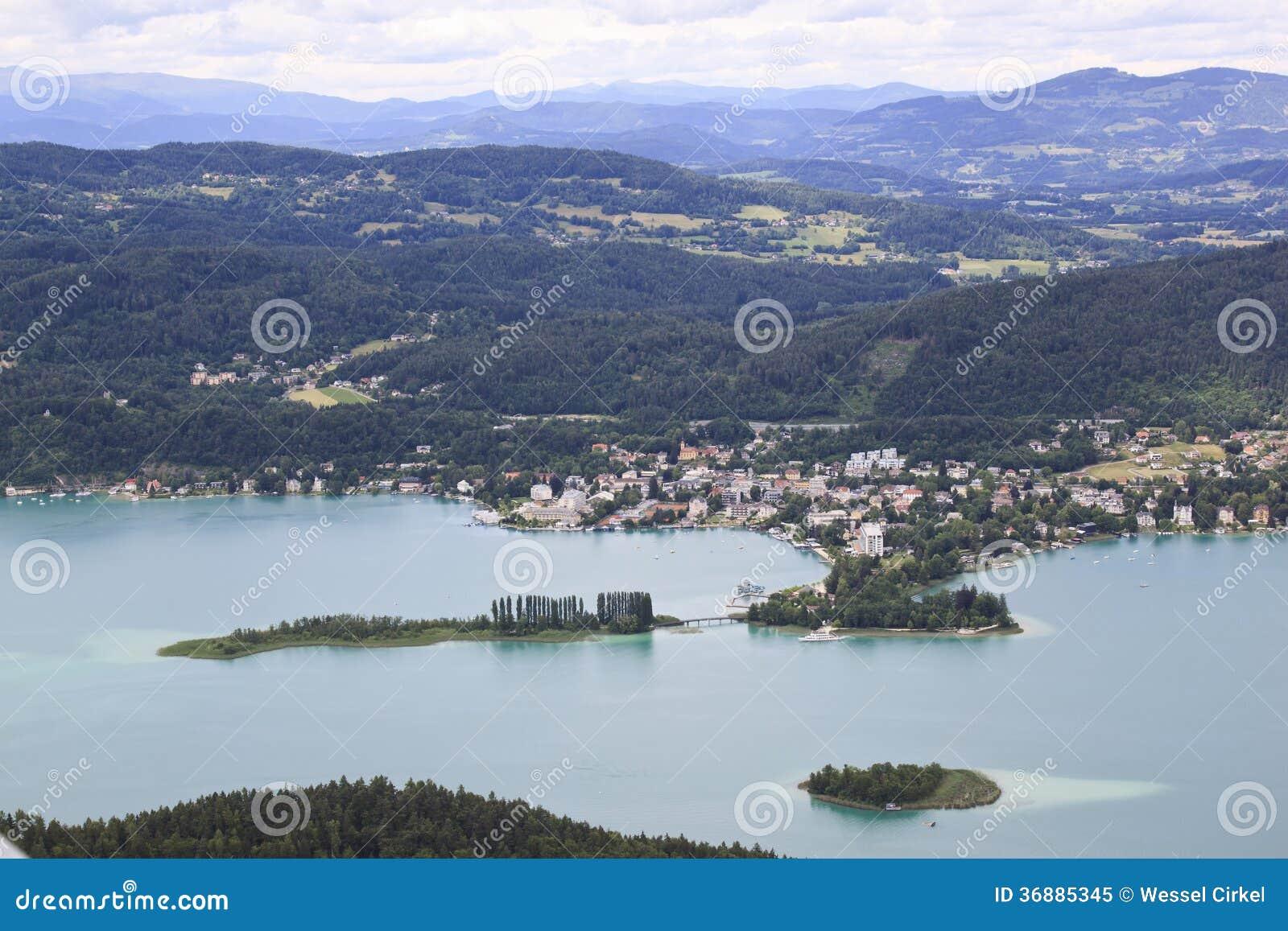 Download La Città Austriaca Pörtschach Am Wörther See Immagine Stock - Immagine di supporto, collina: 36885345