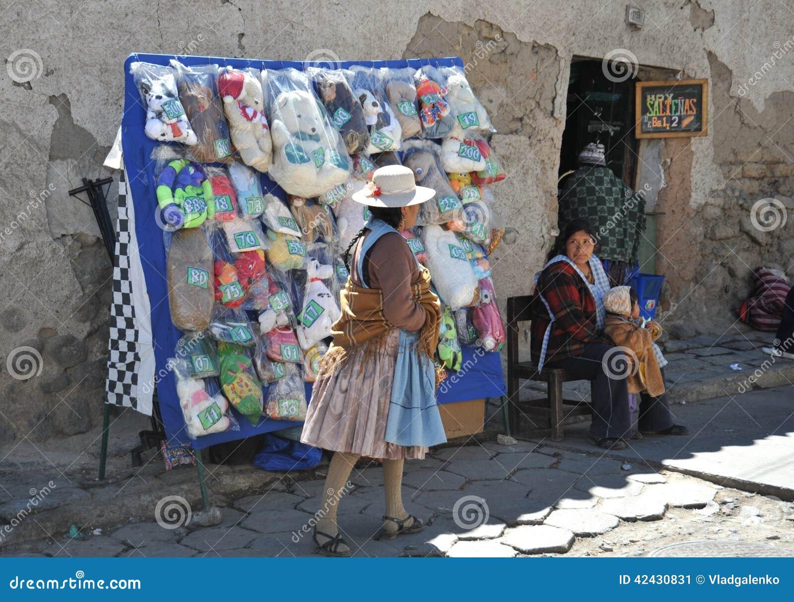 La ciudad Potosi Habitantes locales en las calles de la ciudad