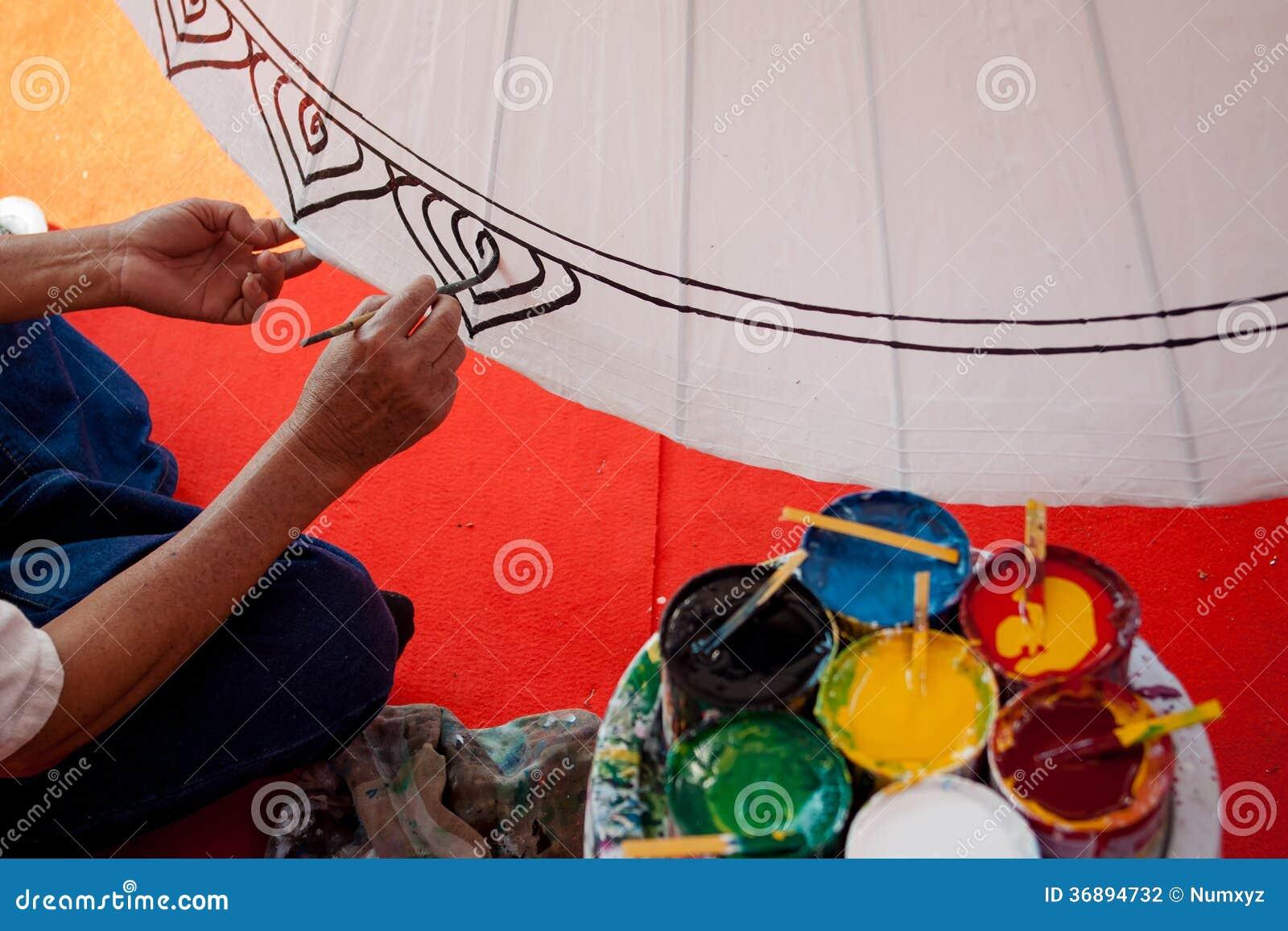 Download La Coloritura Dipinge L'ombrello Fatto Di Carta/di Tessuto. Arti E Fotografia Stock - Immagine di concettuale, colore: 36894732