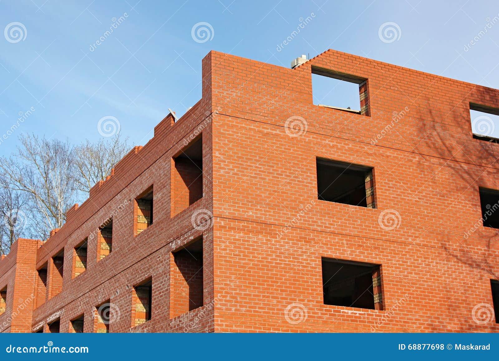constructeur maison brique rouge ventana blog. Black Bedroom Furniture Sets. Home Design Ideas