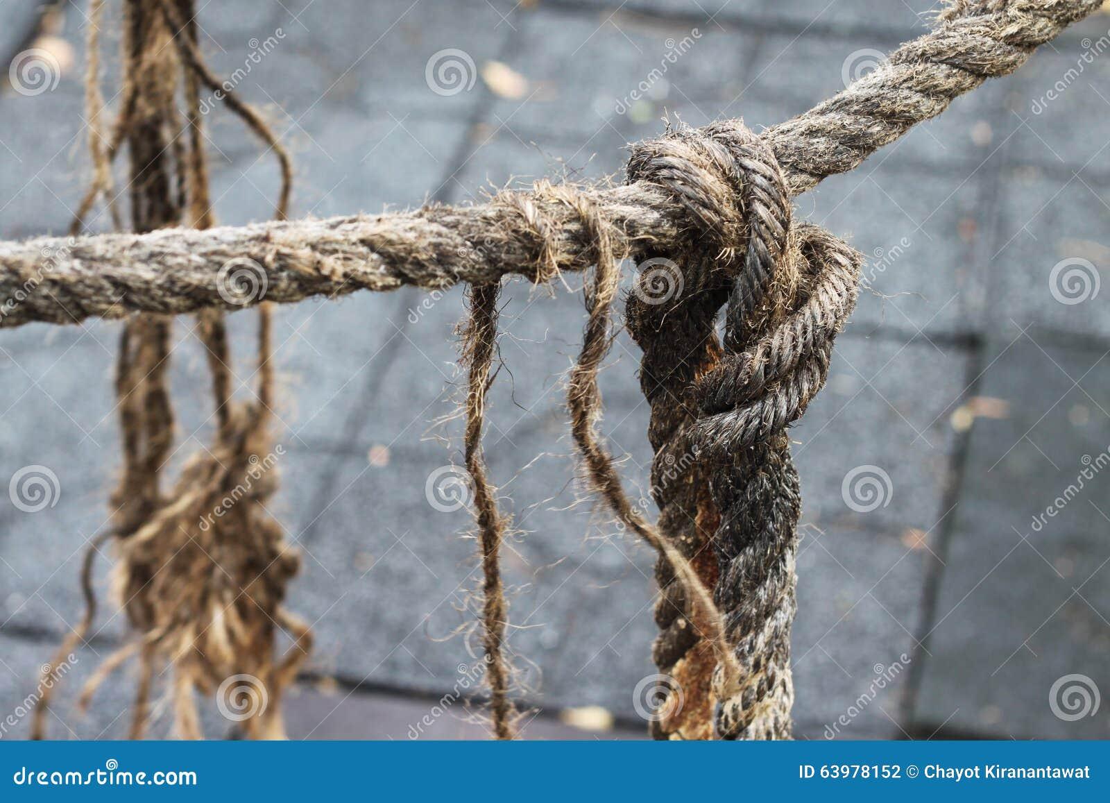 La corda allenta il nodo