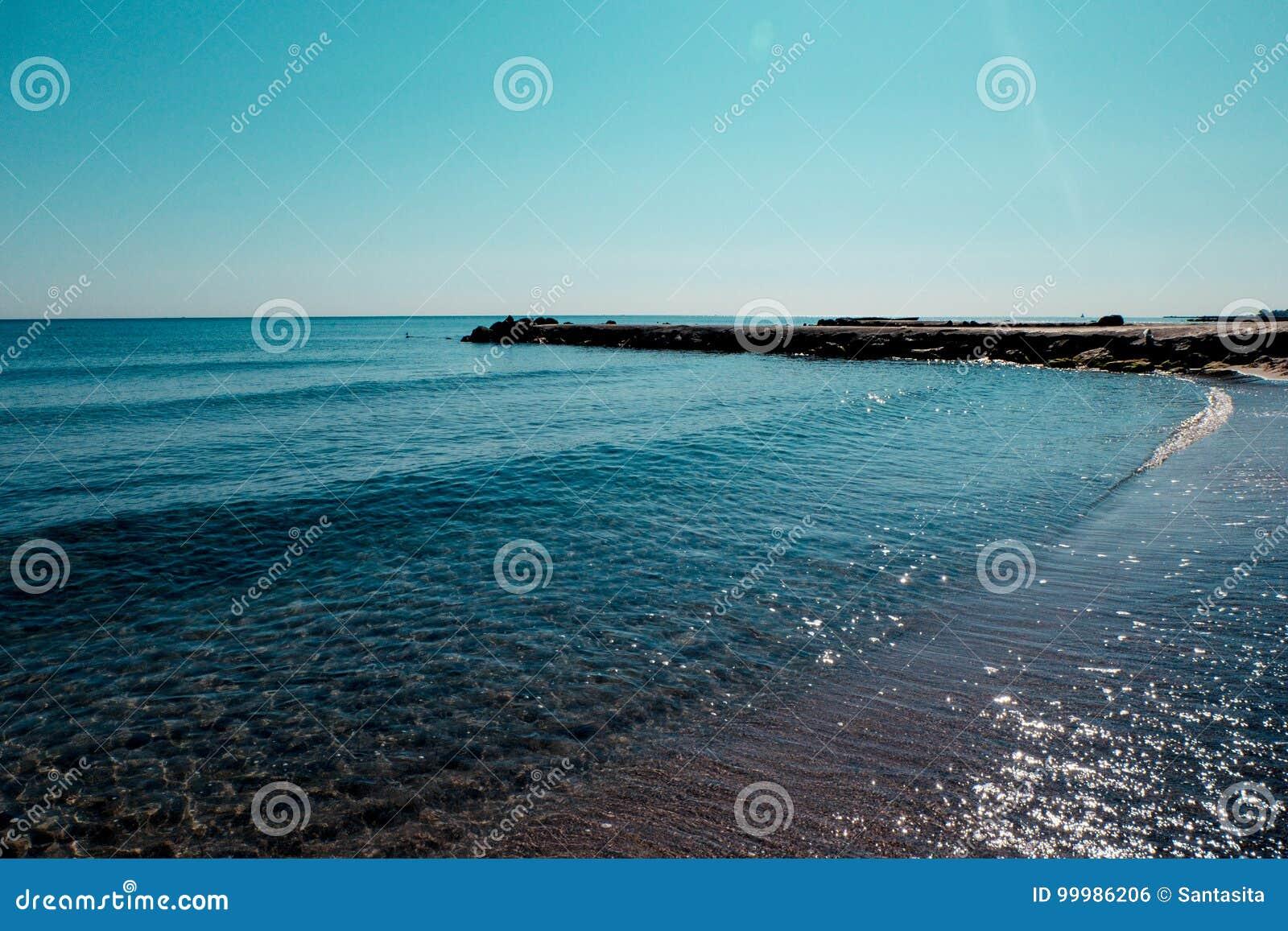 La Costa Di Mare Della Bulgaria Struttura La Sabbia Nera Sul