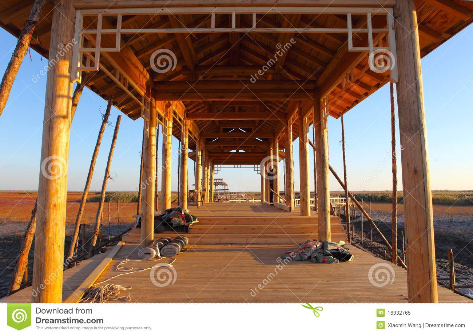 La costruzione delle case di legno immagine stock for Costruzione di case a prezzi accessibili