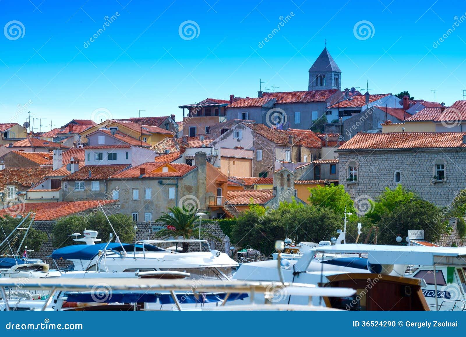 La Croatie, port de Rab City