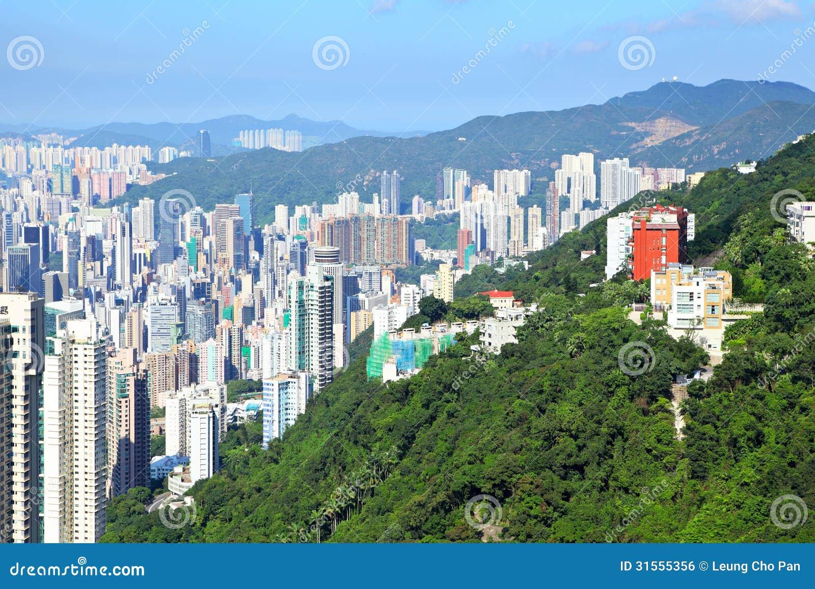 La cr te avec le paysage urbain image libre de droits for Le paysage