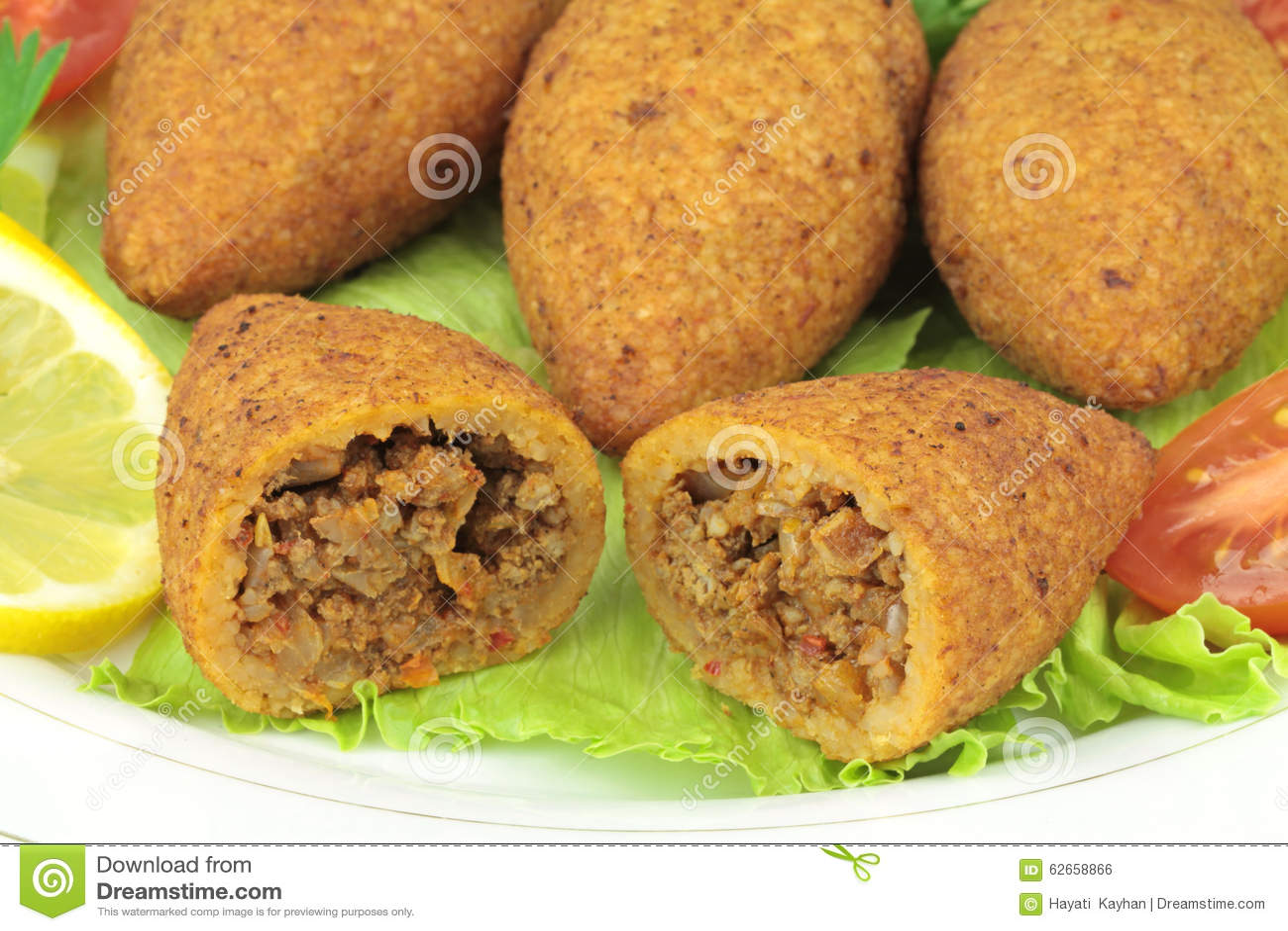 La Cuisine Turque Bulgur A Enduit Des Boulettes De Viande Le Kofte