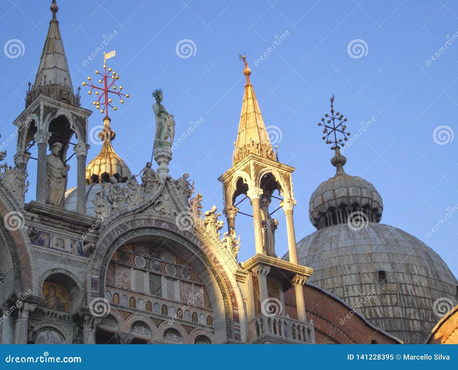 La cupola della chiesa a Venezia