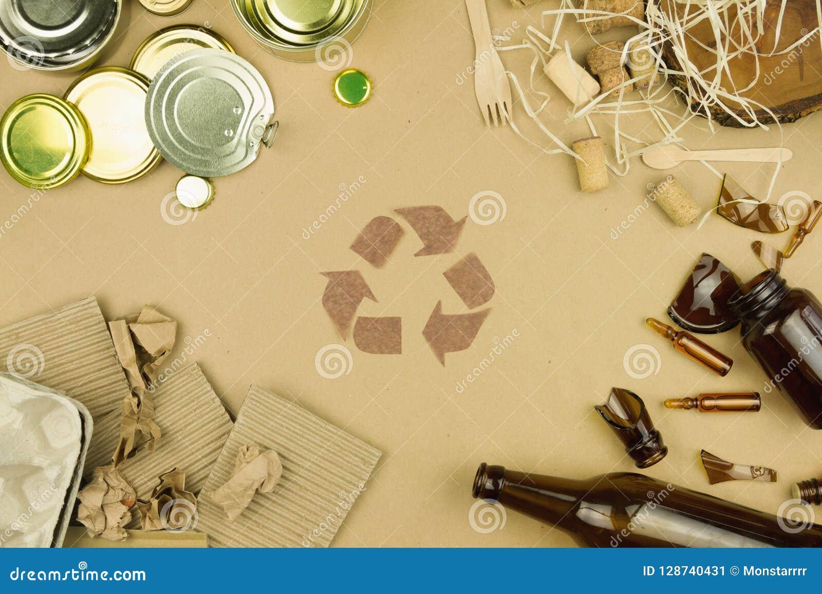 La cura dei rifiuti dell ambiente ricicla il concetto dei rifiuti di riutilizzazione