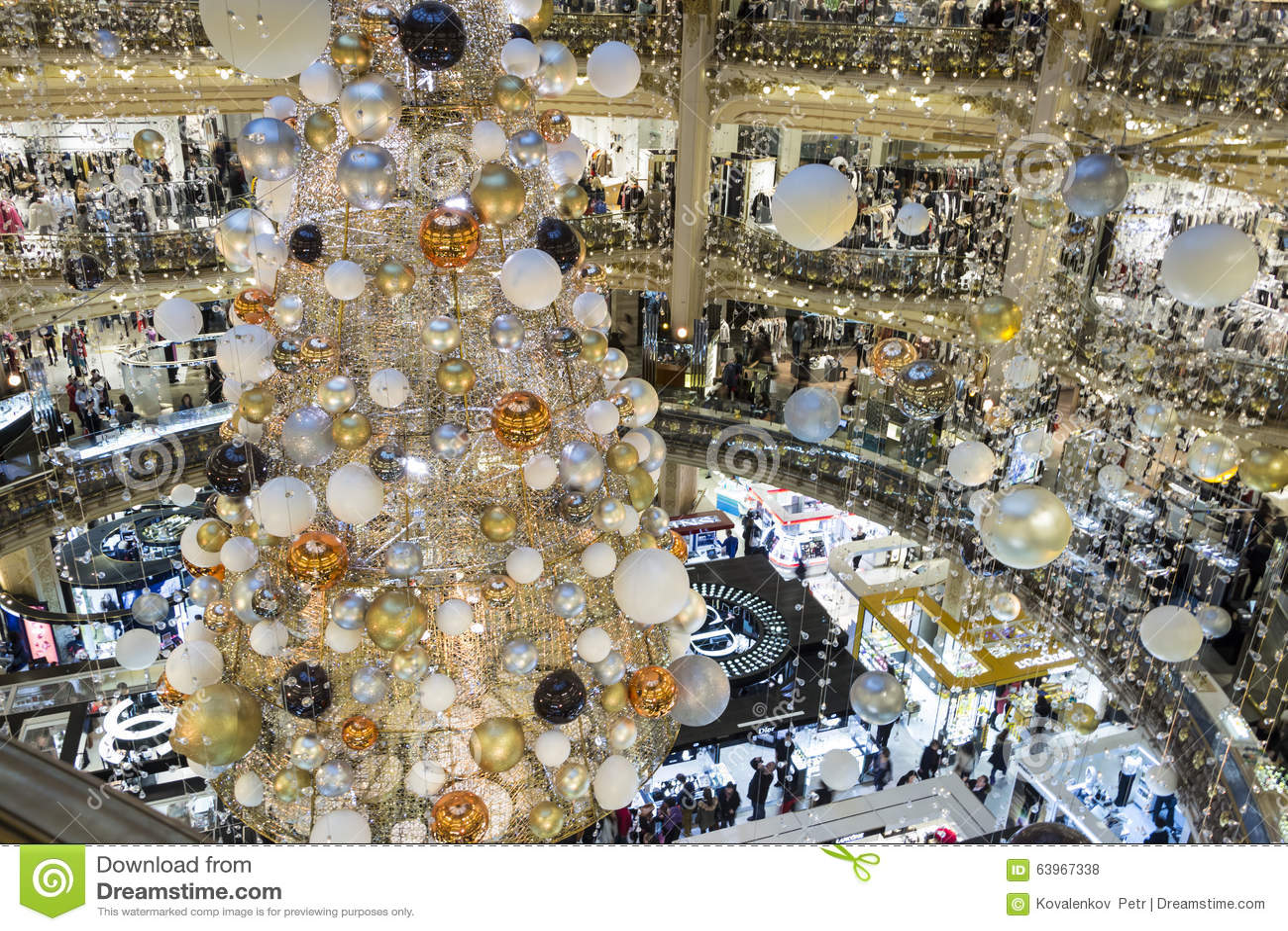 Decorations noel galeries lafayette