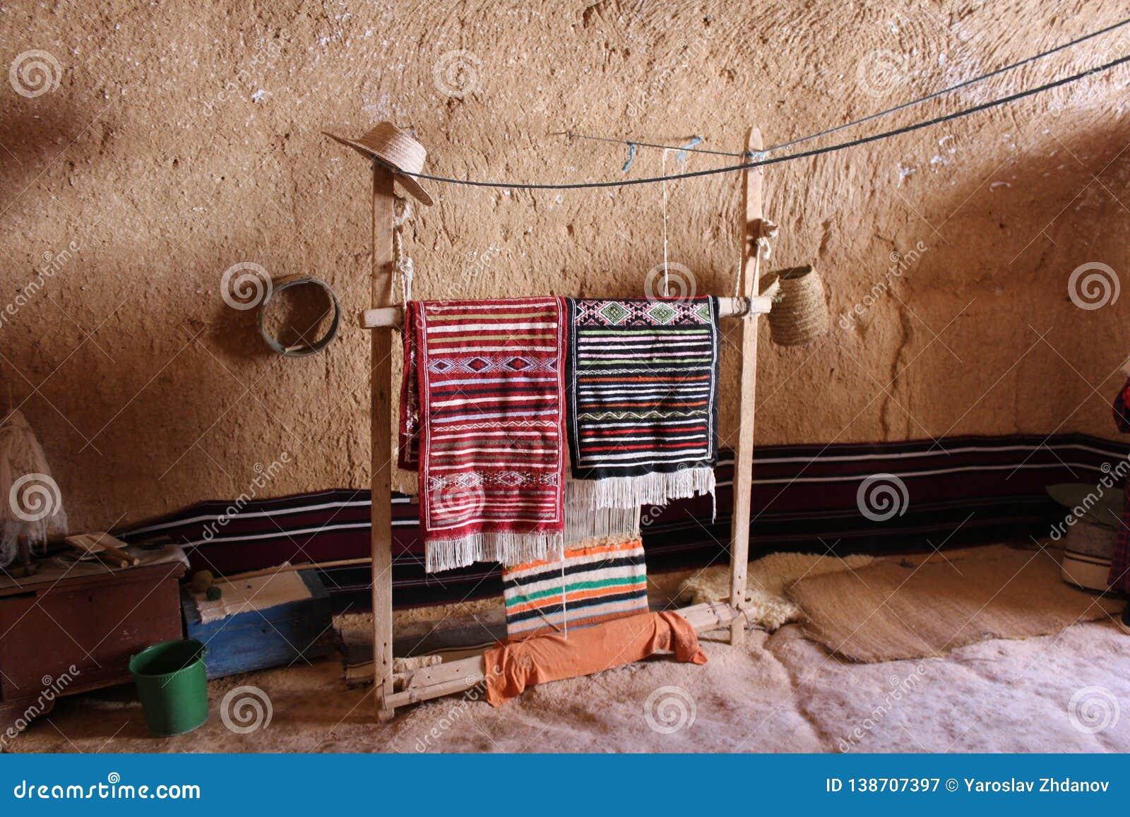 La décoration des Berbers dans la caverne