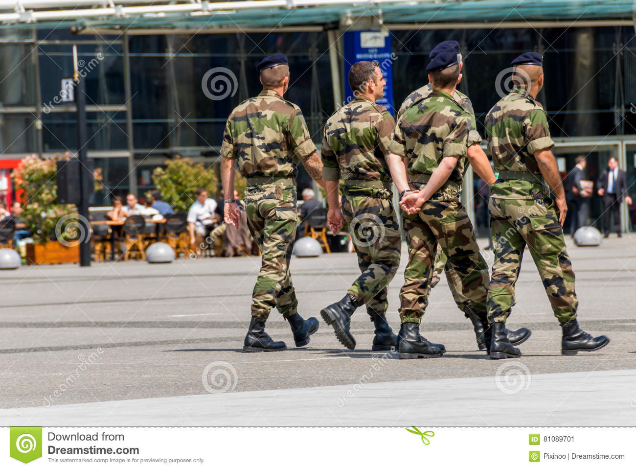 La defense, France - Mai 12, 2007: French military patrol assigned to the surveillance of a business district near Paris. These tr