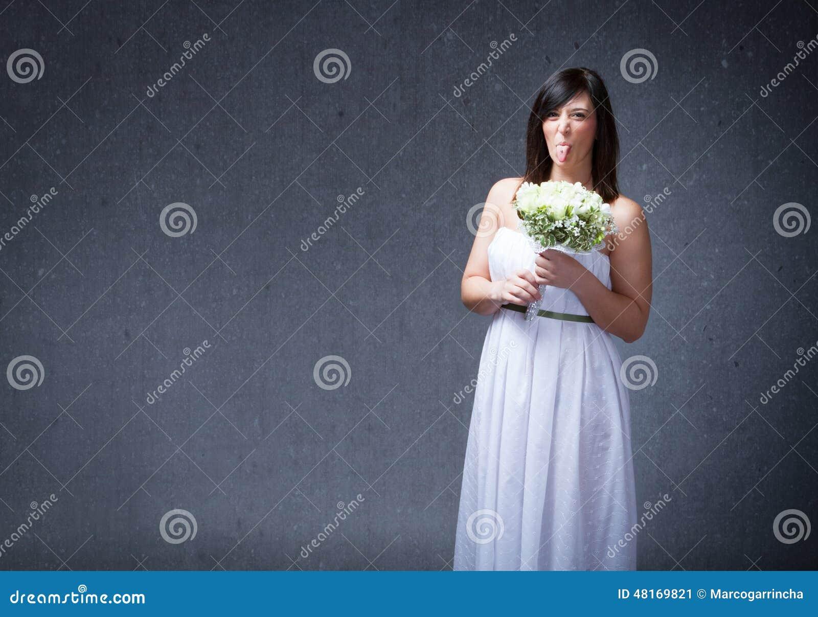 La donna della sposa ha fatto i fronti