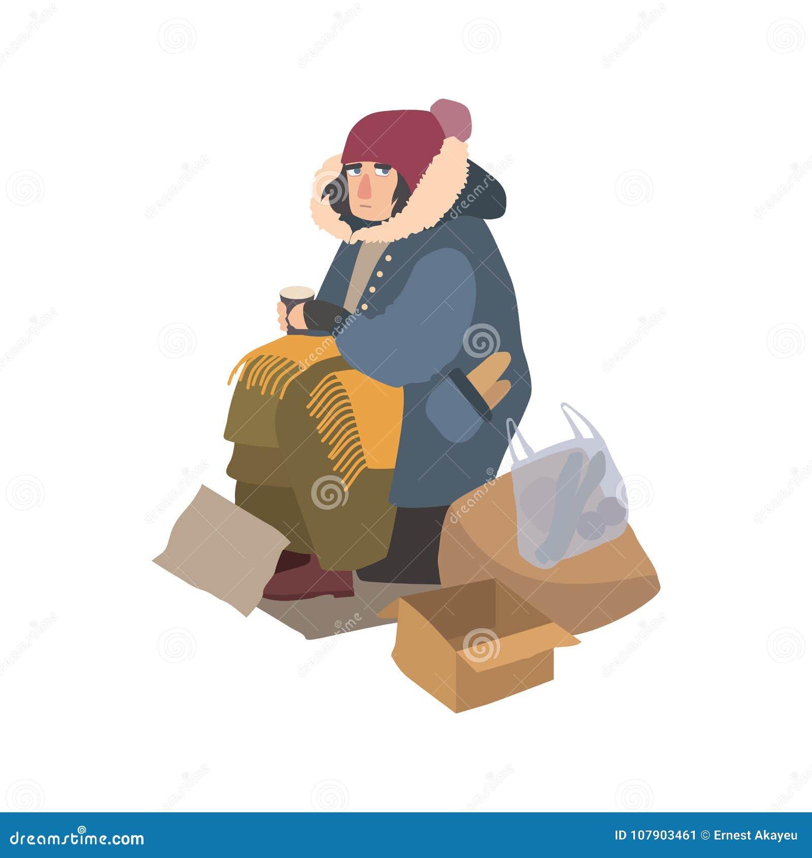 La donna senza tetto povera si è vestita in tuta sportiva stracciata che si siede sulla via accanto al mucchio di immondizia, ten