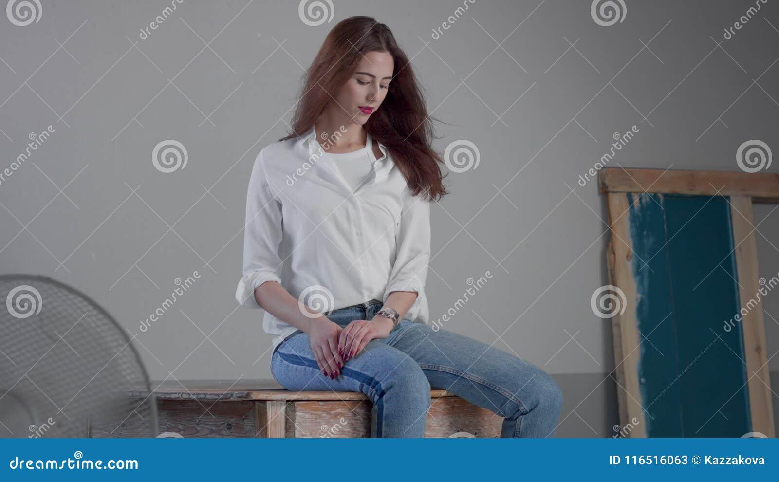 E Bianca Archivi Di Studio La In DirittoCamicia116516063 Industriale I Donna Video Camicia Jeans Porta ZN80PXwknO