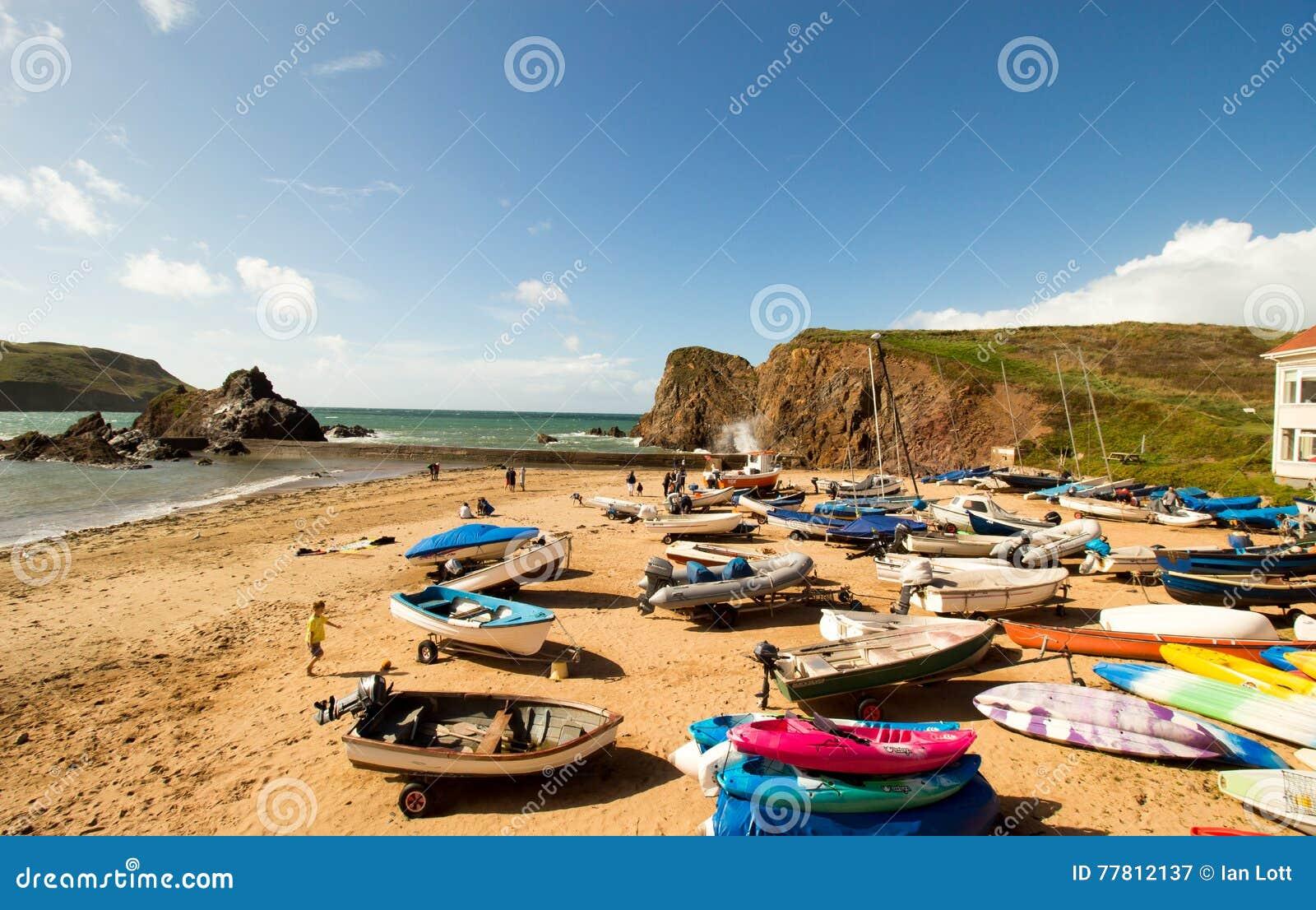 La ensenada de la esperanza es un pequeño pueblo de playa dentro de la parroquia civil de Huish del sur en el distrito del sur de