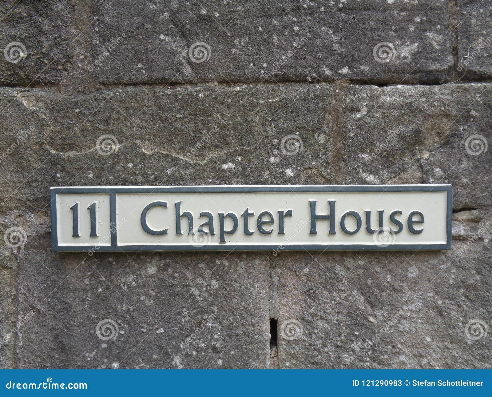 La entrada a la casa del capítulo