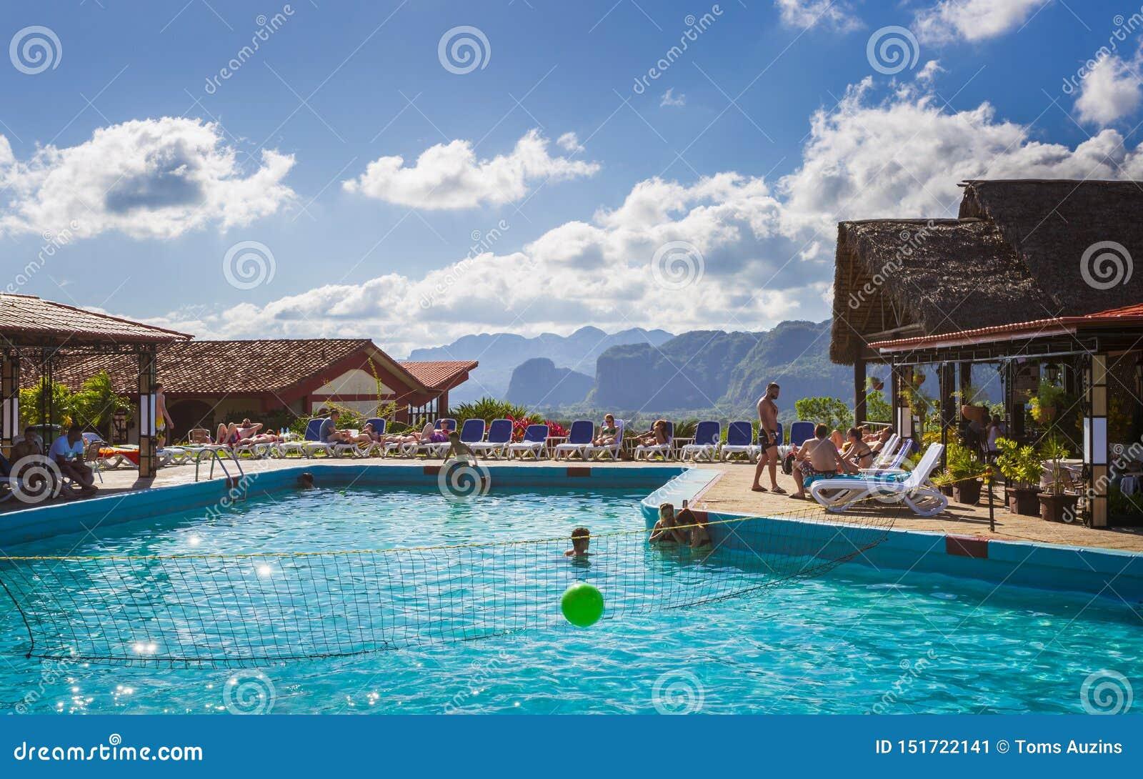 La Ermita, piscina del hotel en Vinales, la UNESCO, Pinar del Rio Province