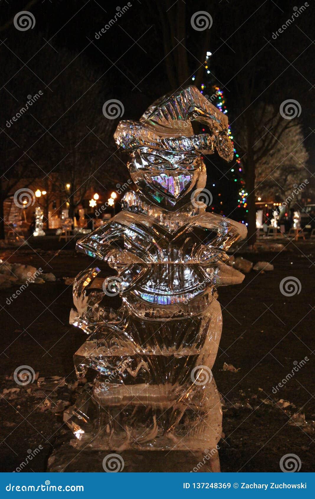 La escultura de hielo de Grinch