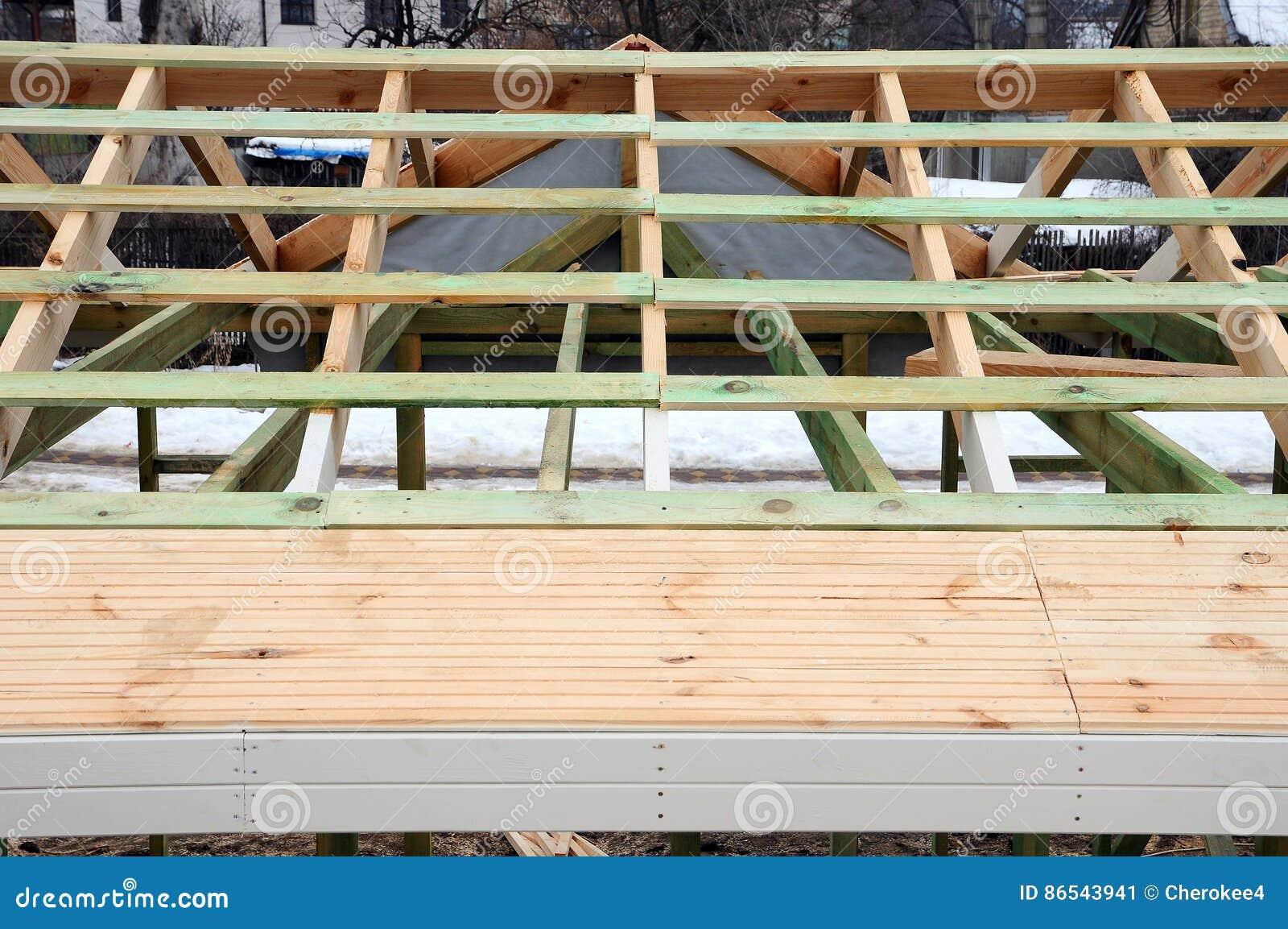 La estructura de madera del edificio edificio de marco de madera construcci n de madera del - Estructuras de madera para tejados ...