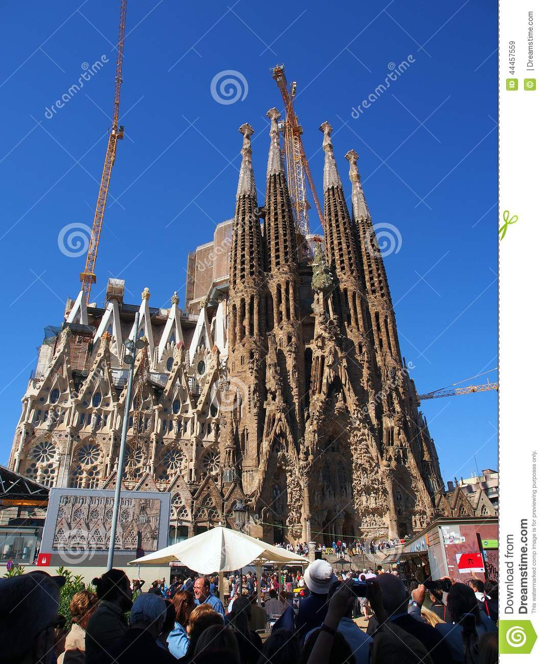 La Familia Sagrada Barcelona Catalonia Spain Editorial Stock