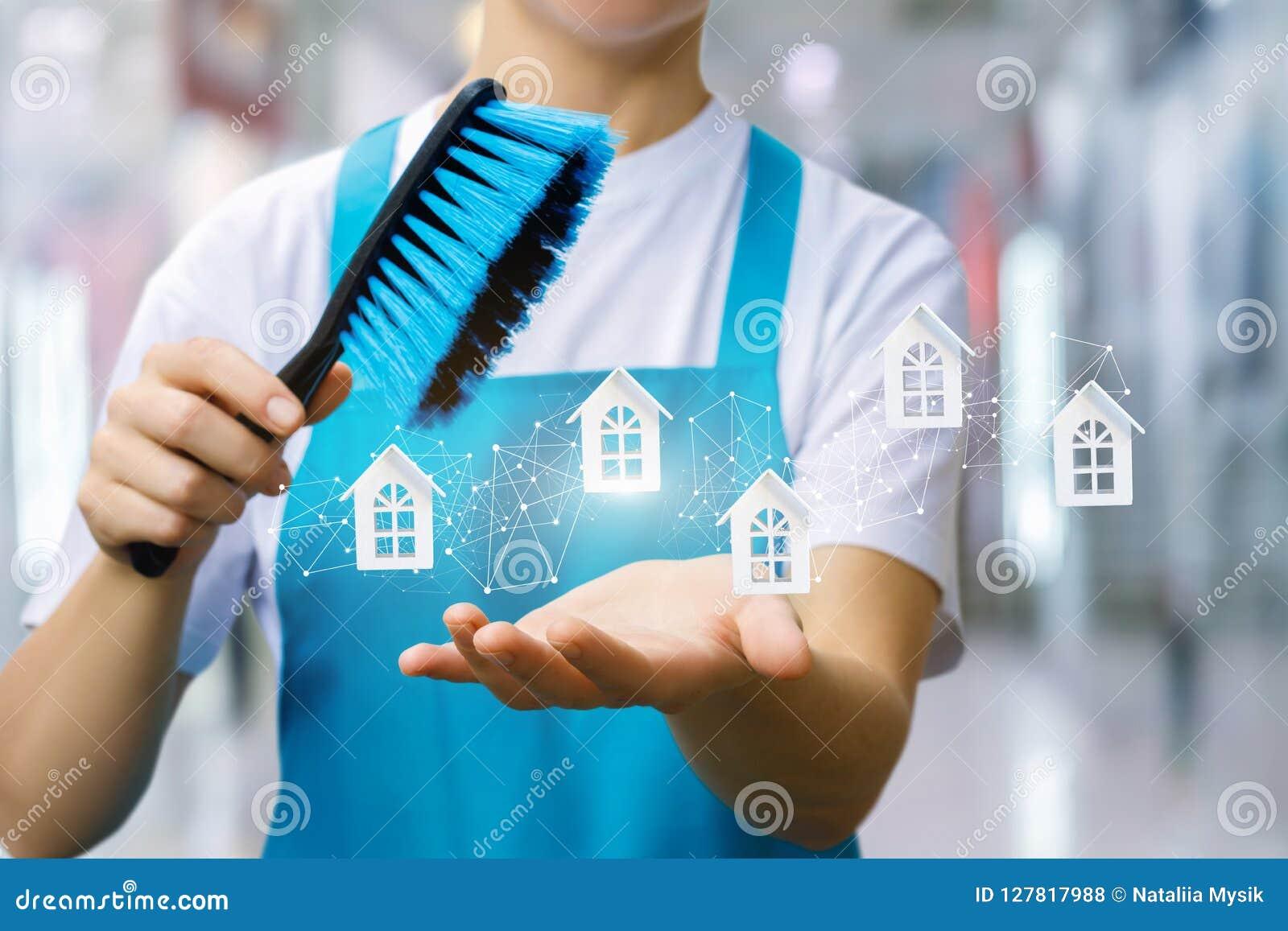 La femme de ménage montre le réseau de service