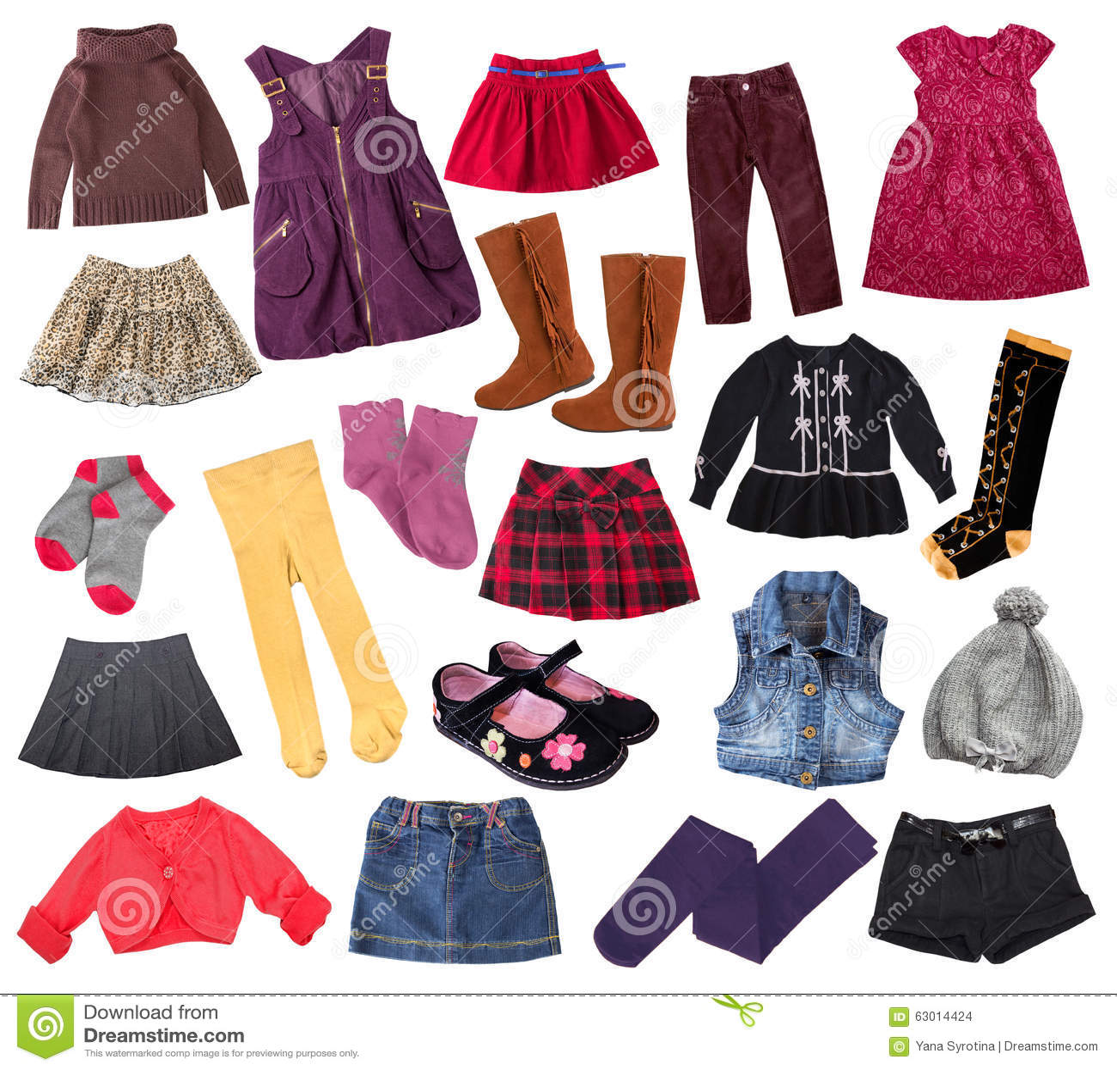 1ad08fab0f2b7 Les vêtements occasionnels de fille d enfant ont placé d isolement sur le  blanc Collage des vêtements de mode de l enfant Habillement mélangé  différent
