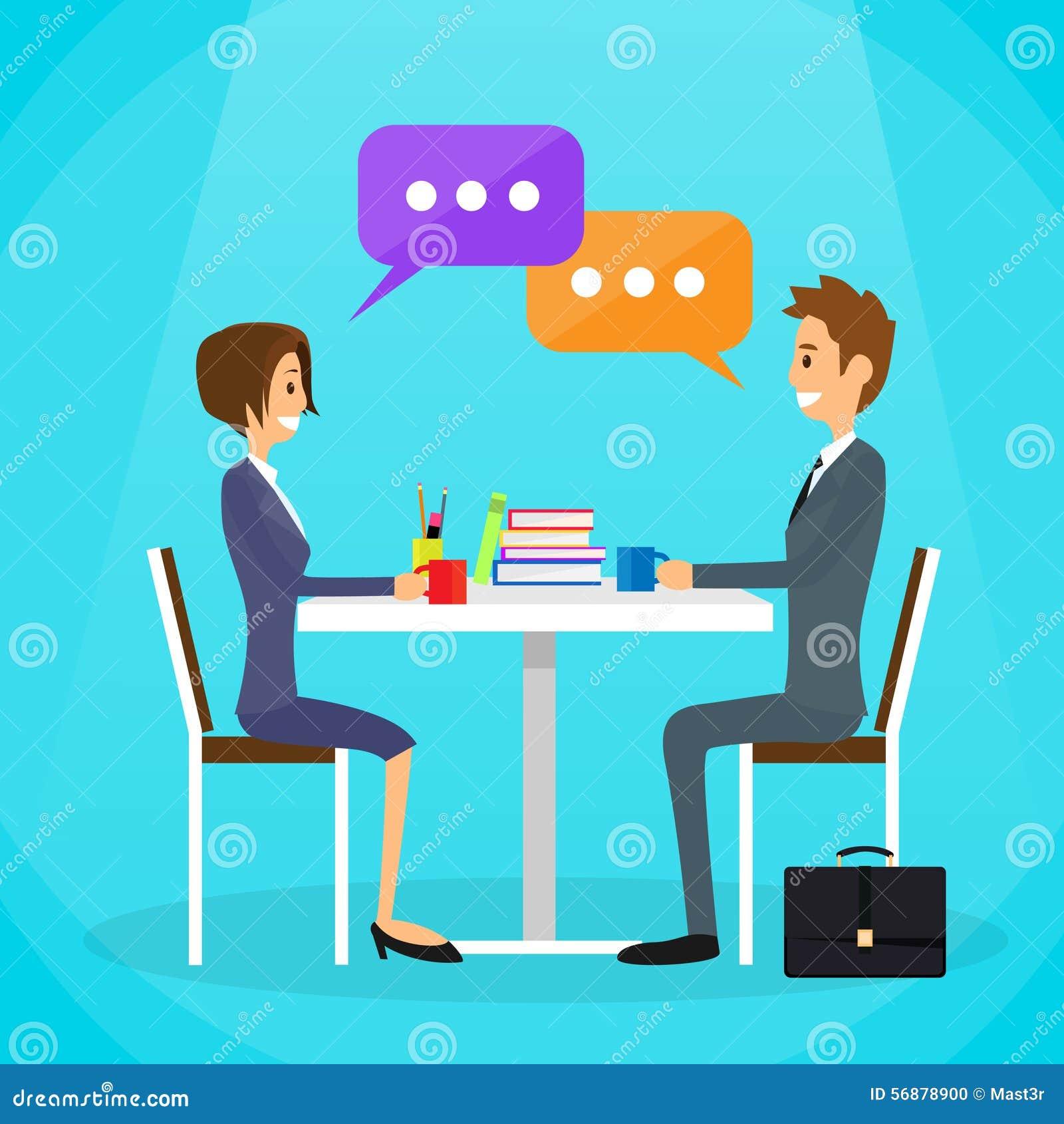 La gente di affari equipaggiano e la discussione di conversazione della donna
