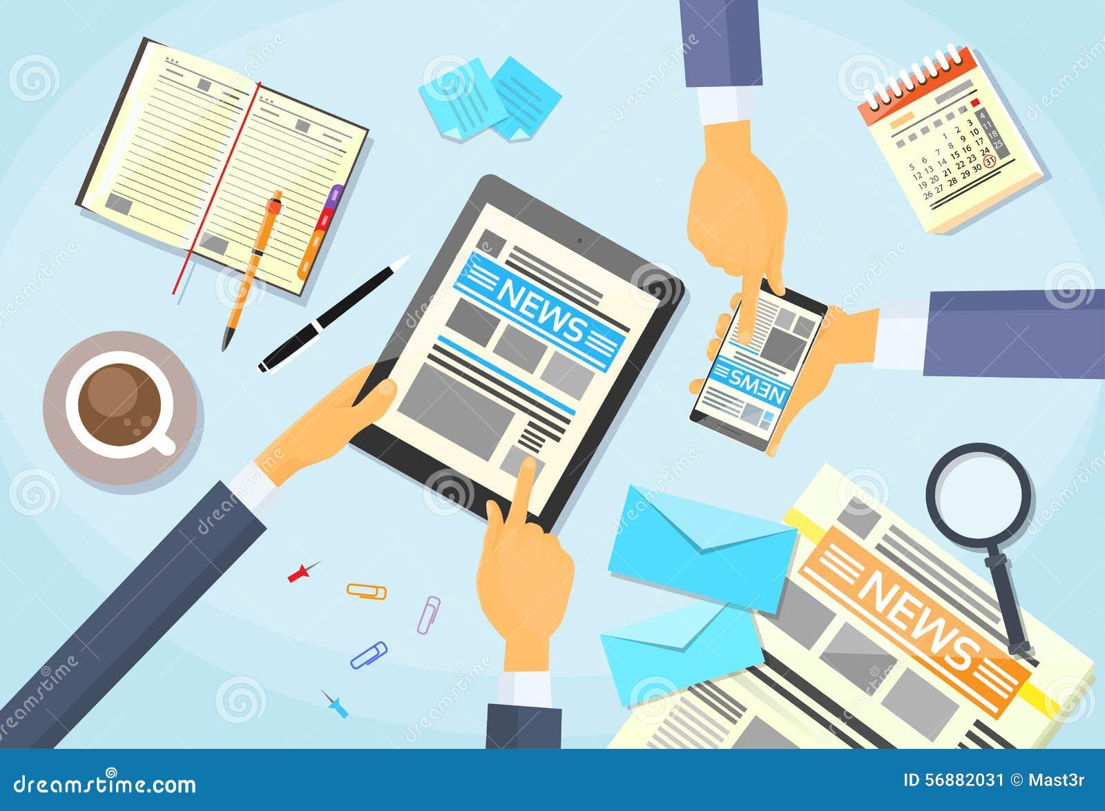 La gente di affari ha letto il giornale, passa la compressa Smart
