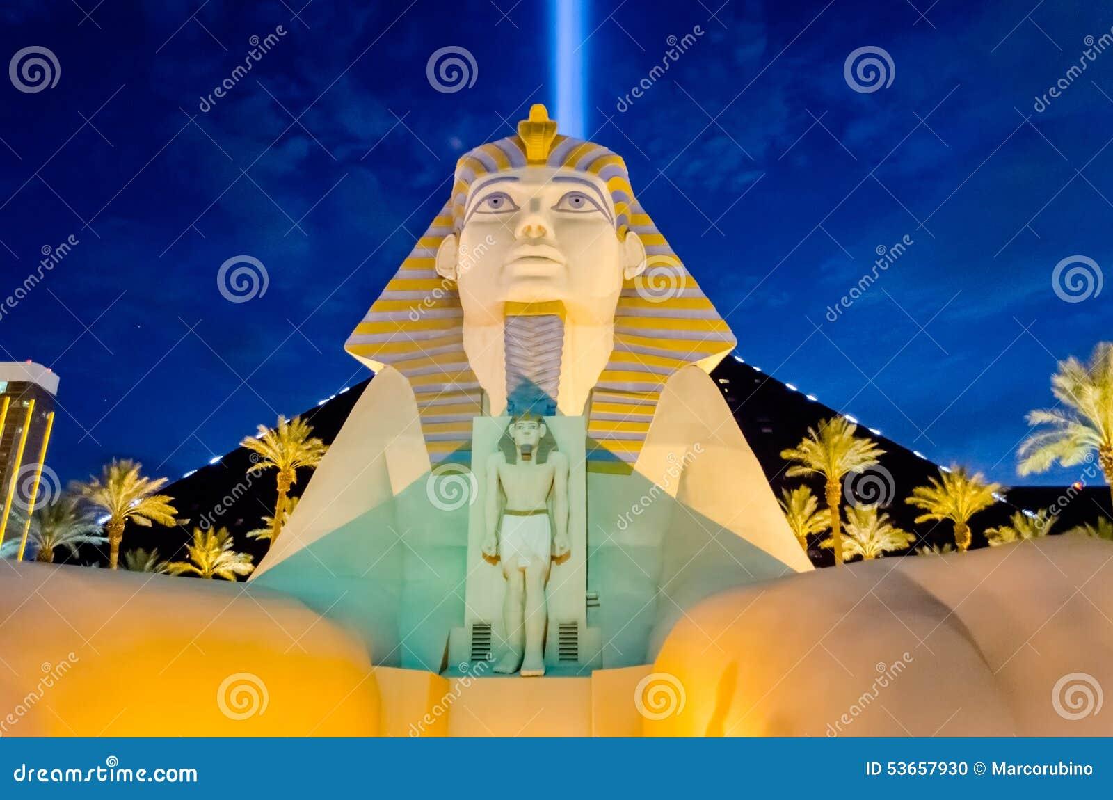 La gran esfinge del hotel y del casino de Luxor en Las Vegas en n