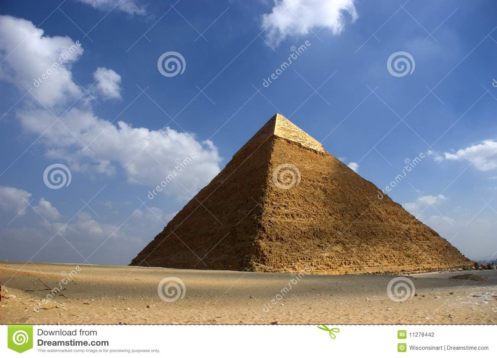 La gran pirámide de Cheops en Giza