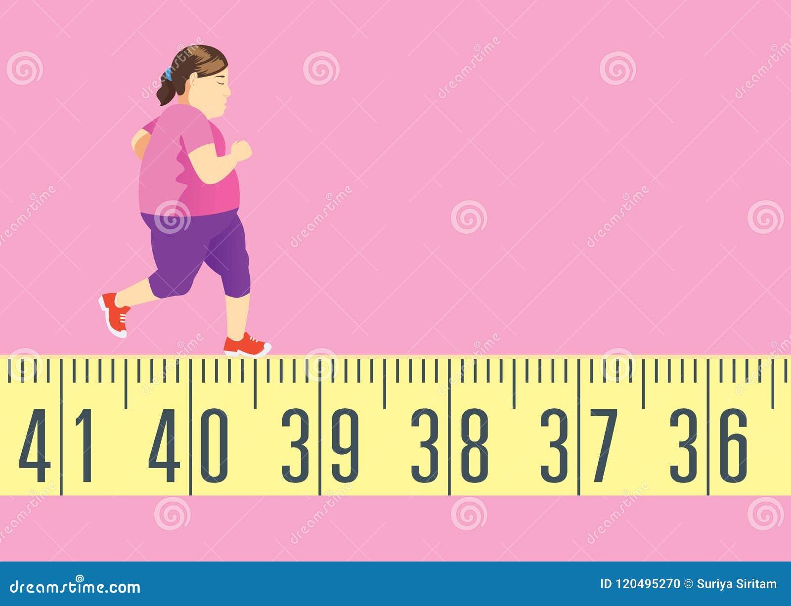 La grosse femme courant sur le ruban métrique pour obtiennent dans la forme et perdent le poids