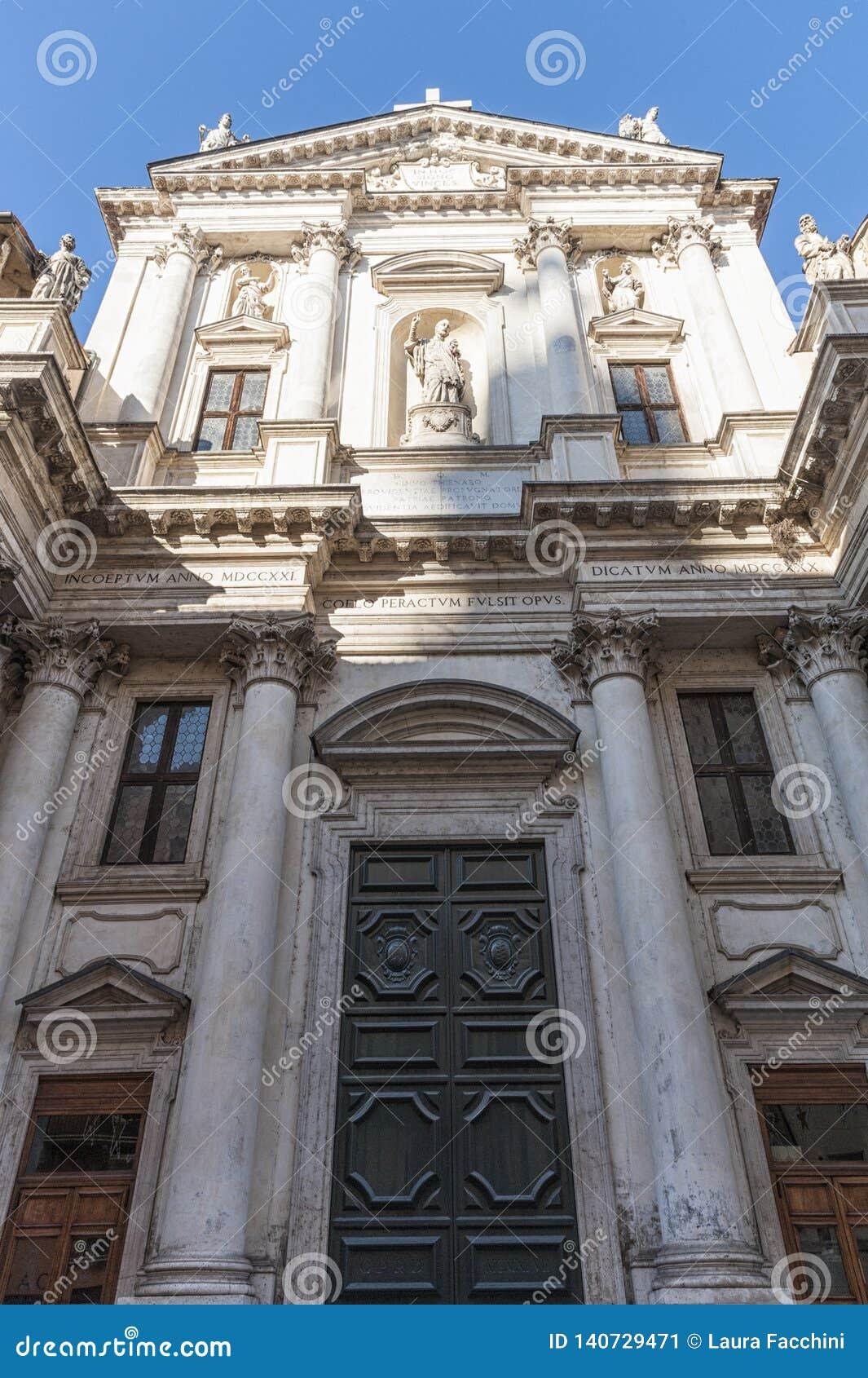 La iglesia de San Gaetano Thiene, también llamó el Teatini, es un edificio religioso, situado en Vicenza a lo largo de Corso Pall