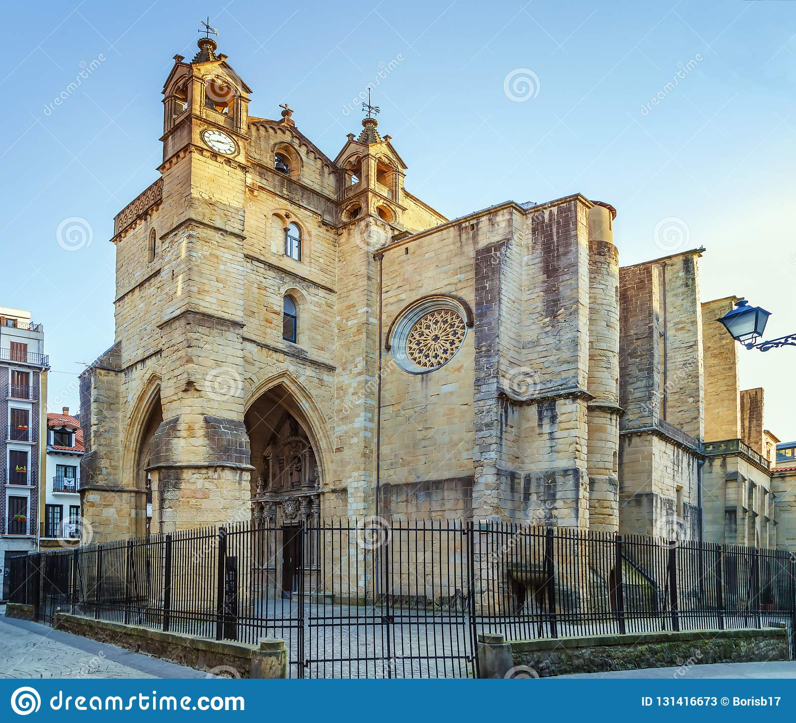 La iglesia de San Vicente, San Sebastian, fue erigida entre el décimo quinto y los siglos XVI, España
