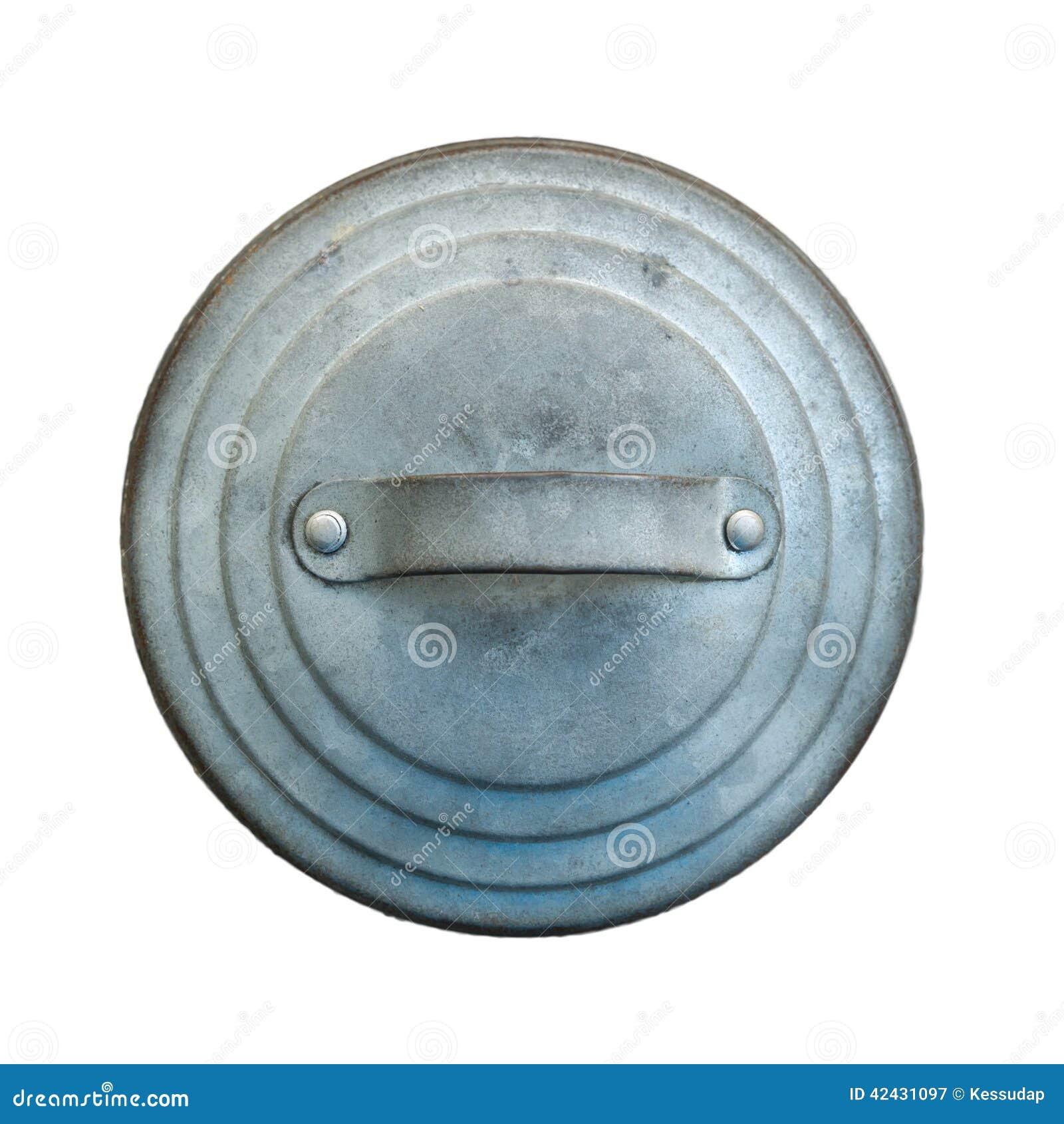 La imagen aislada de la cubierta redonda de la lata
