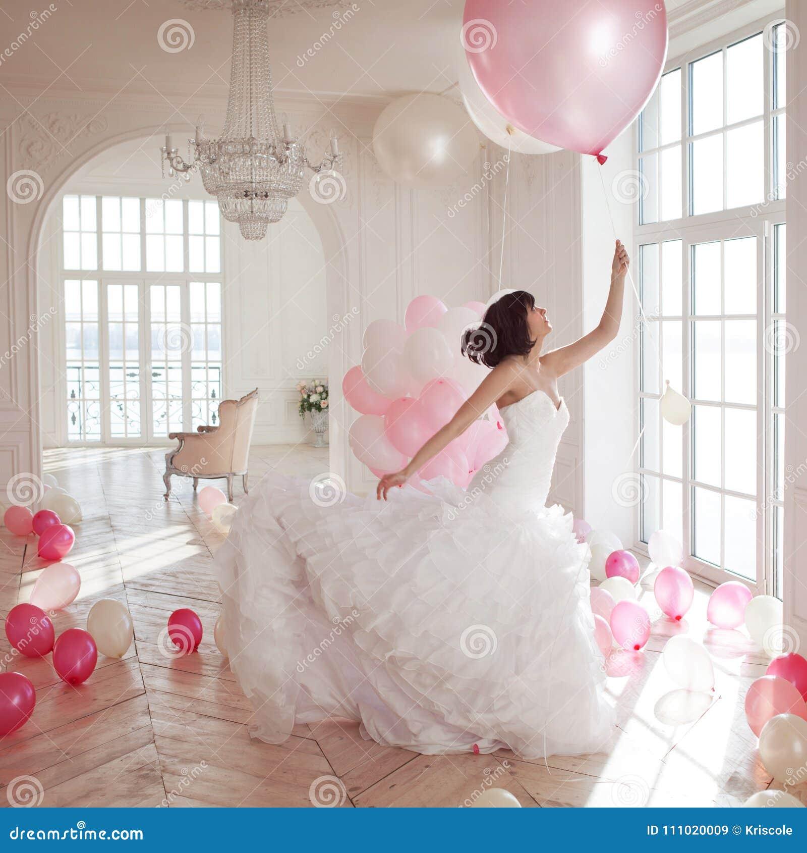 Luxe Robe Jeune Mariage Femme Vole De Dans La L'intérieur zqOwvx0q