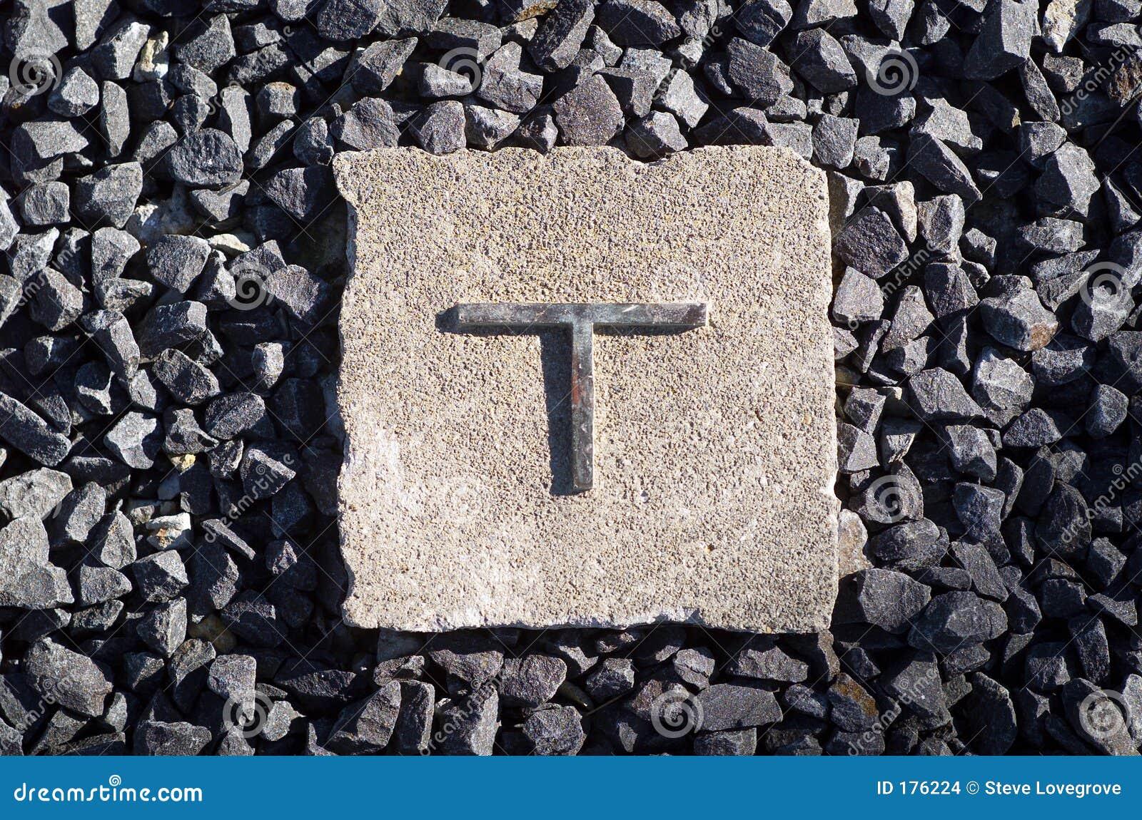 La lettre T