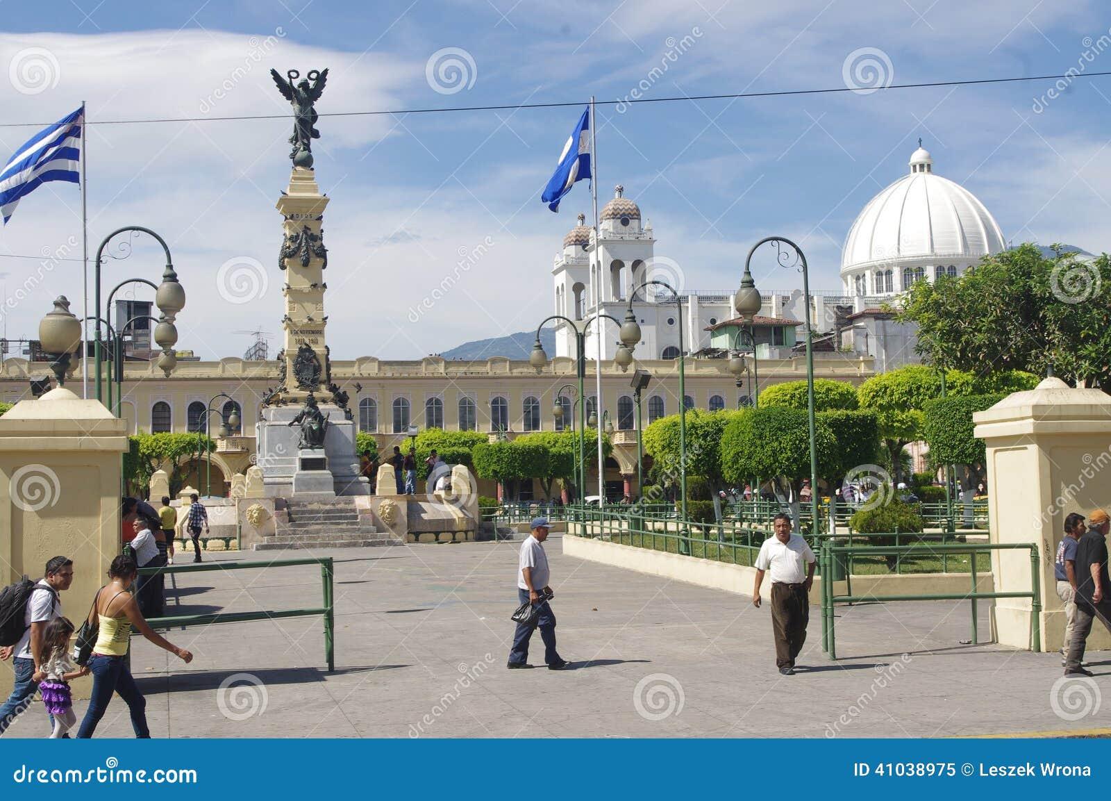 La Libertad Plaza in San Salvador