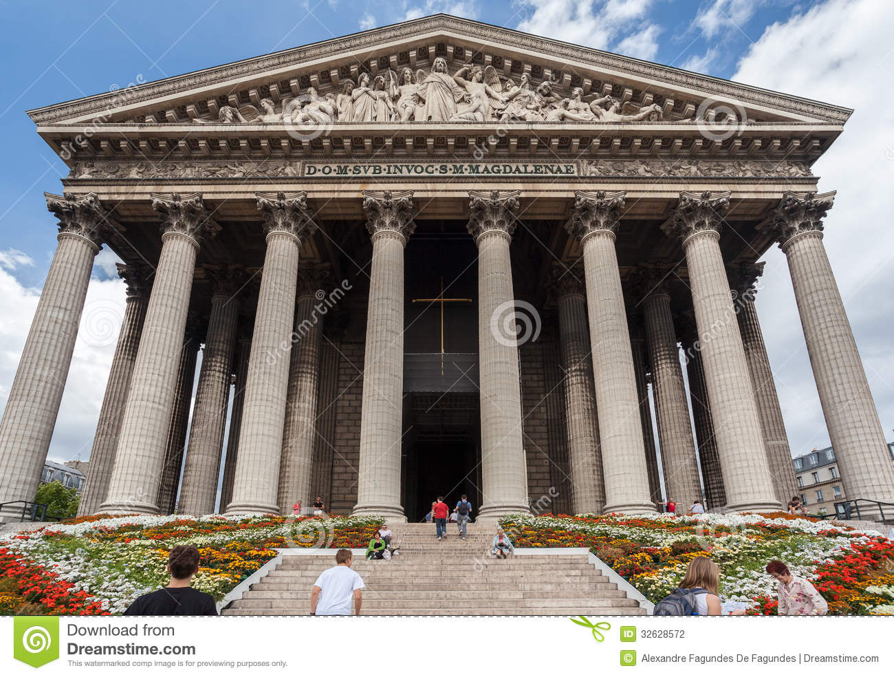 La madeleine church paris editorial photography image 32628572 - L orangerie la madeleine ...