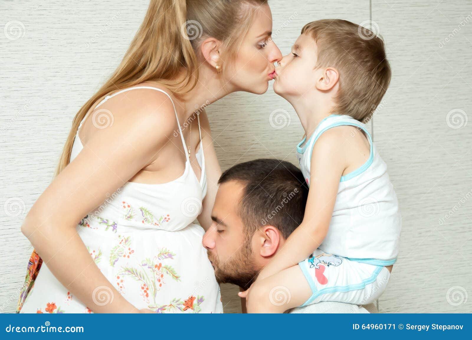 como explicar a mi hijo que es una relacion sexual